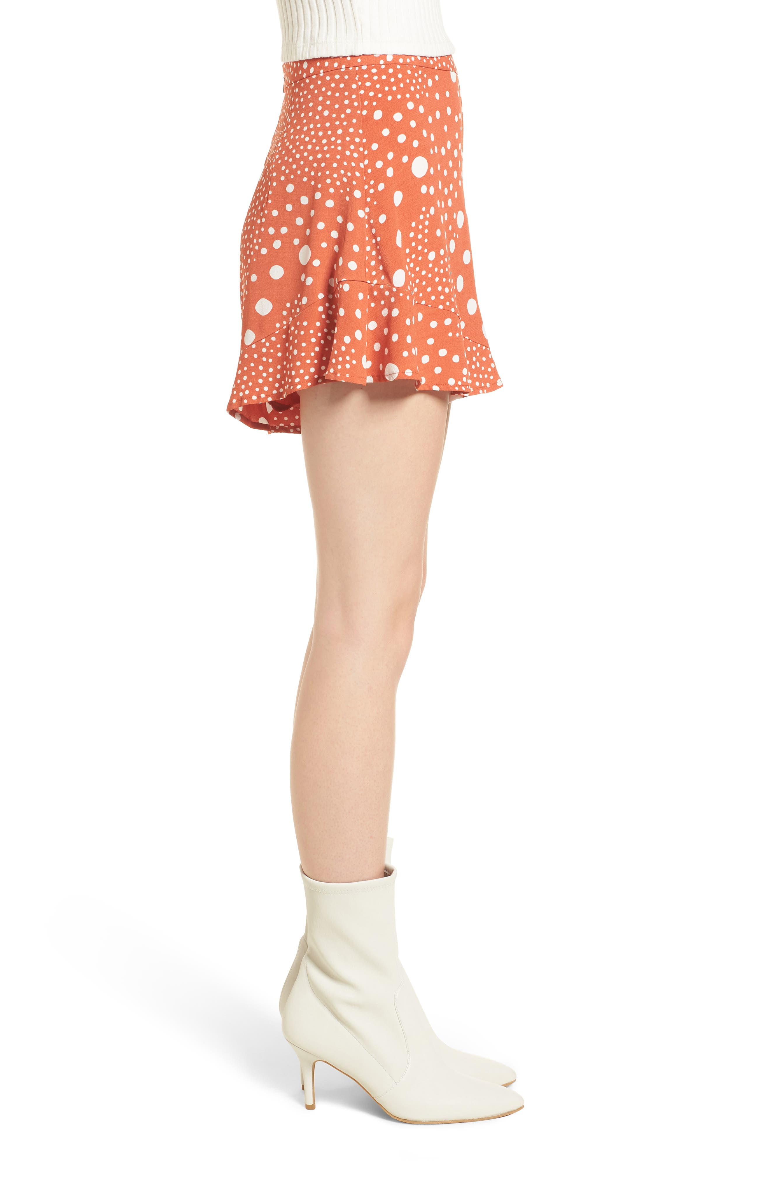 Alternate Image 5  - The Fifth Label Peppers Polka Dot Ruffle Hem Shorts