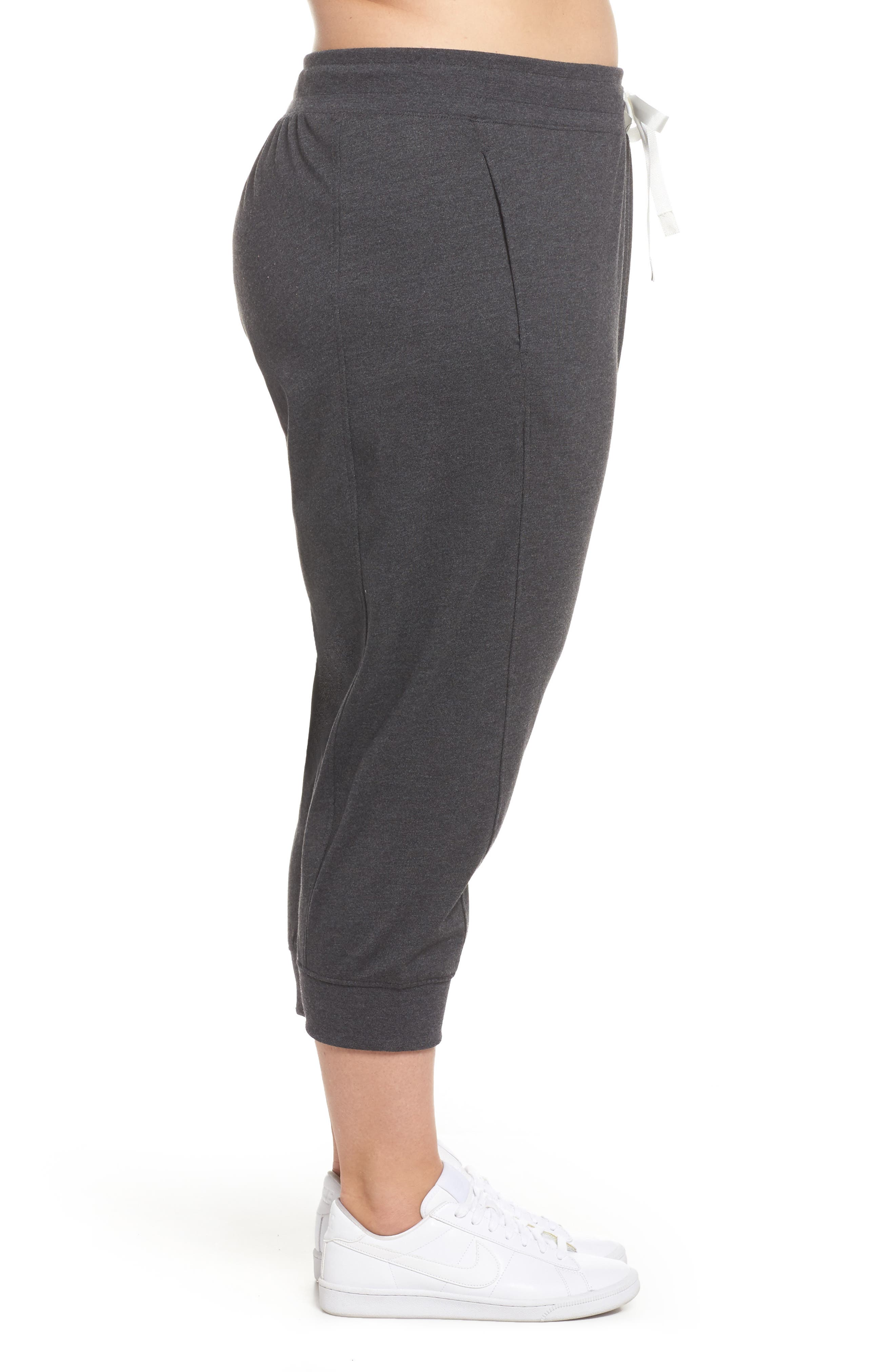 Sportswear Gym Capris,                             Alternate thumbnail 3, color,                             Black Heather/ Sail