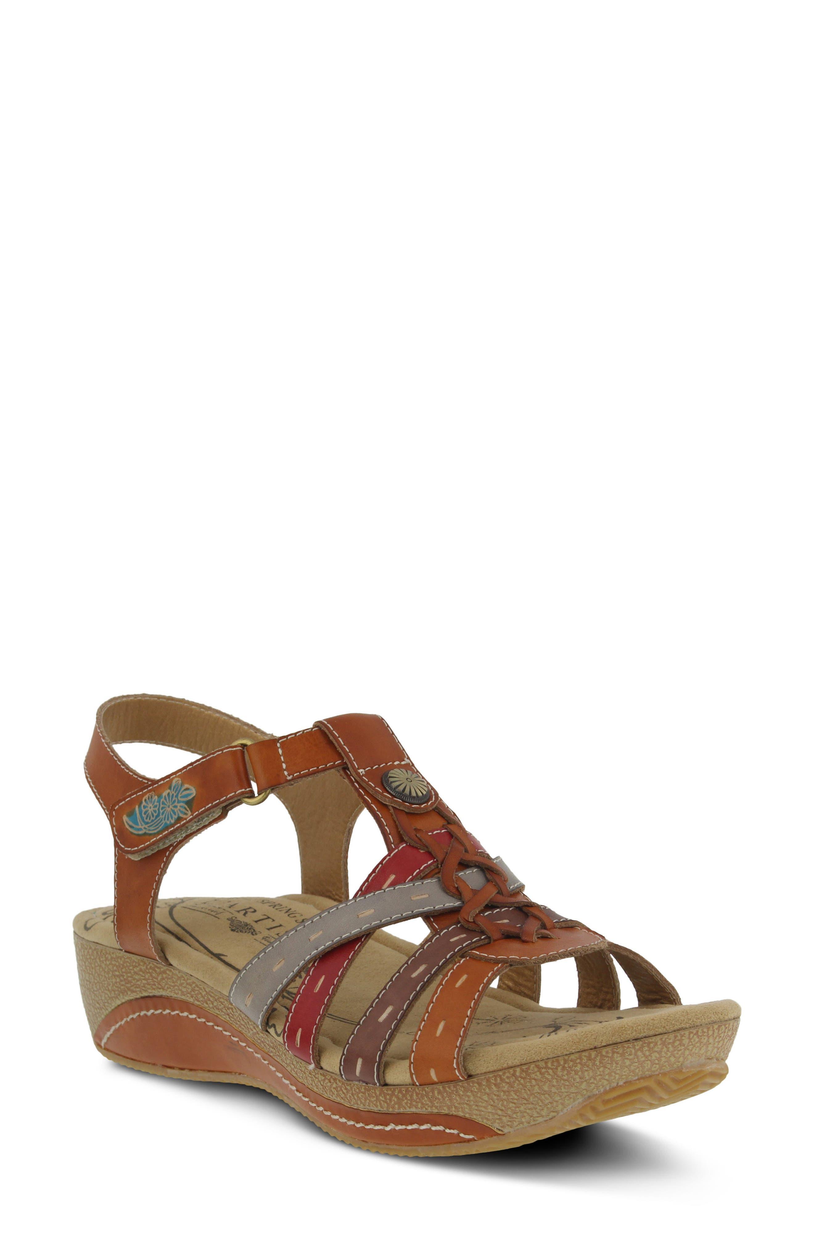 L'Artiste Cloe Sandal,                         Main,                         color, Camel Leather