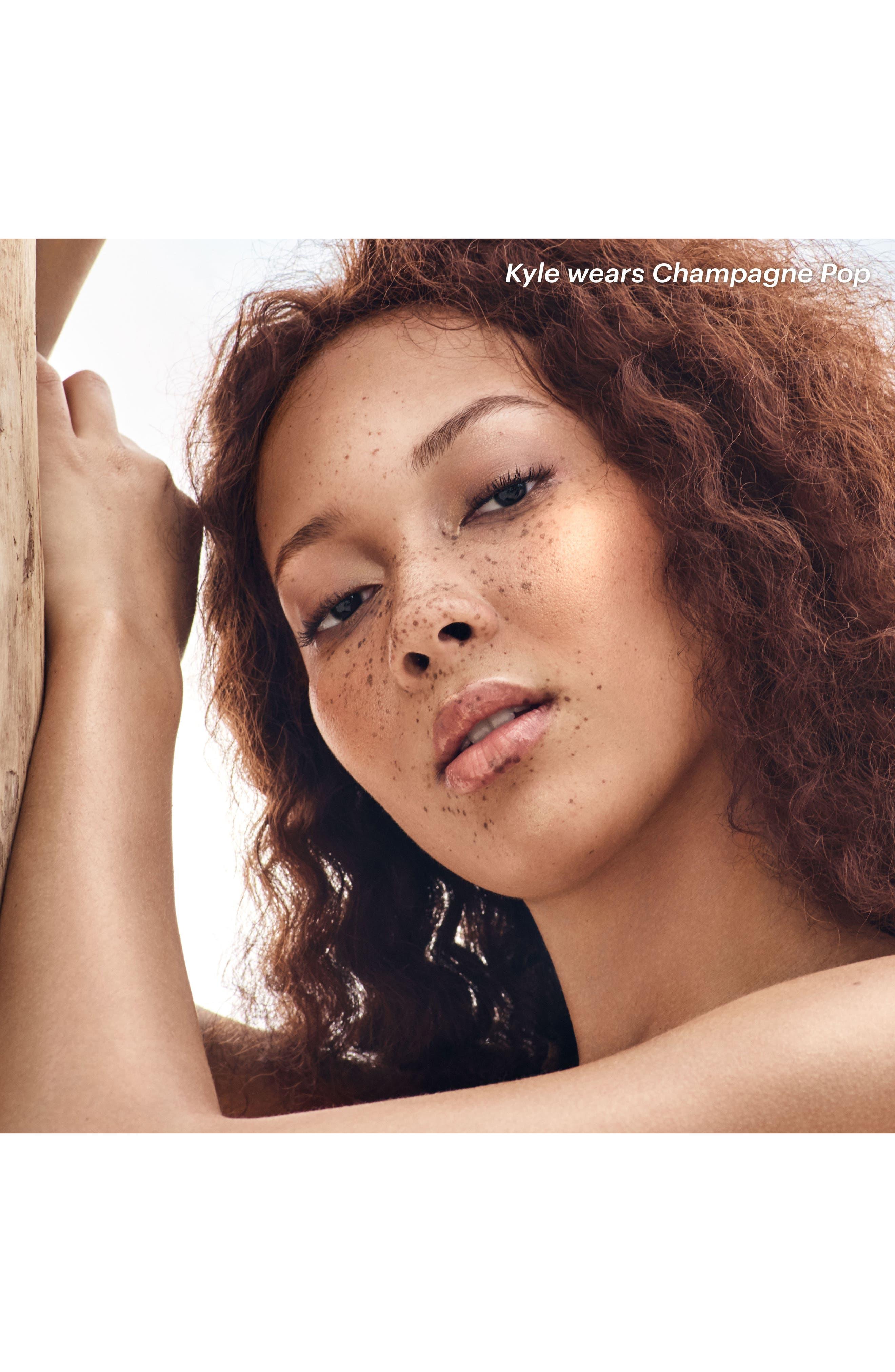 Alternate Image 2  - BECCA Shimmering Skin Perfector Pressed Highlighter