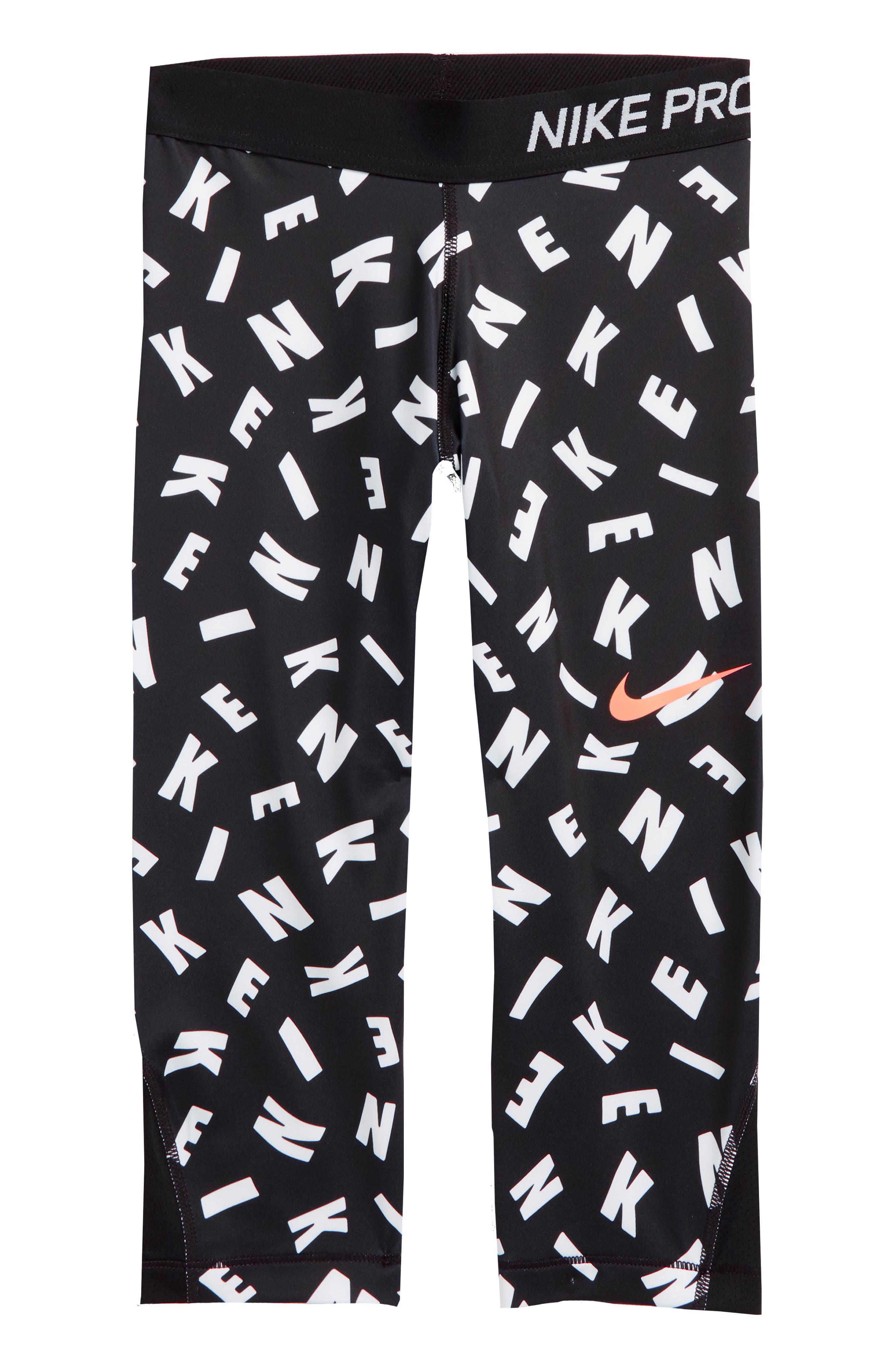 Nike Pro Dry Capri Leggings (Big Girls)