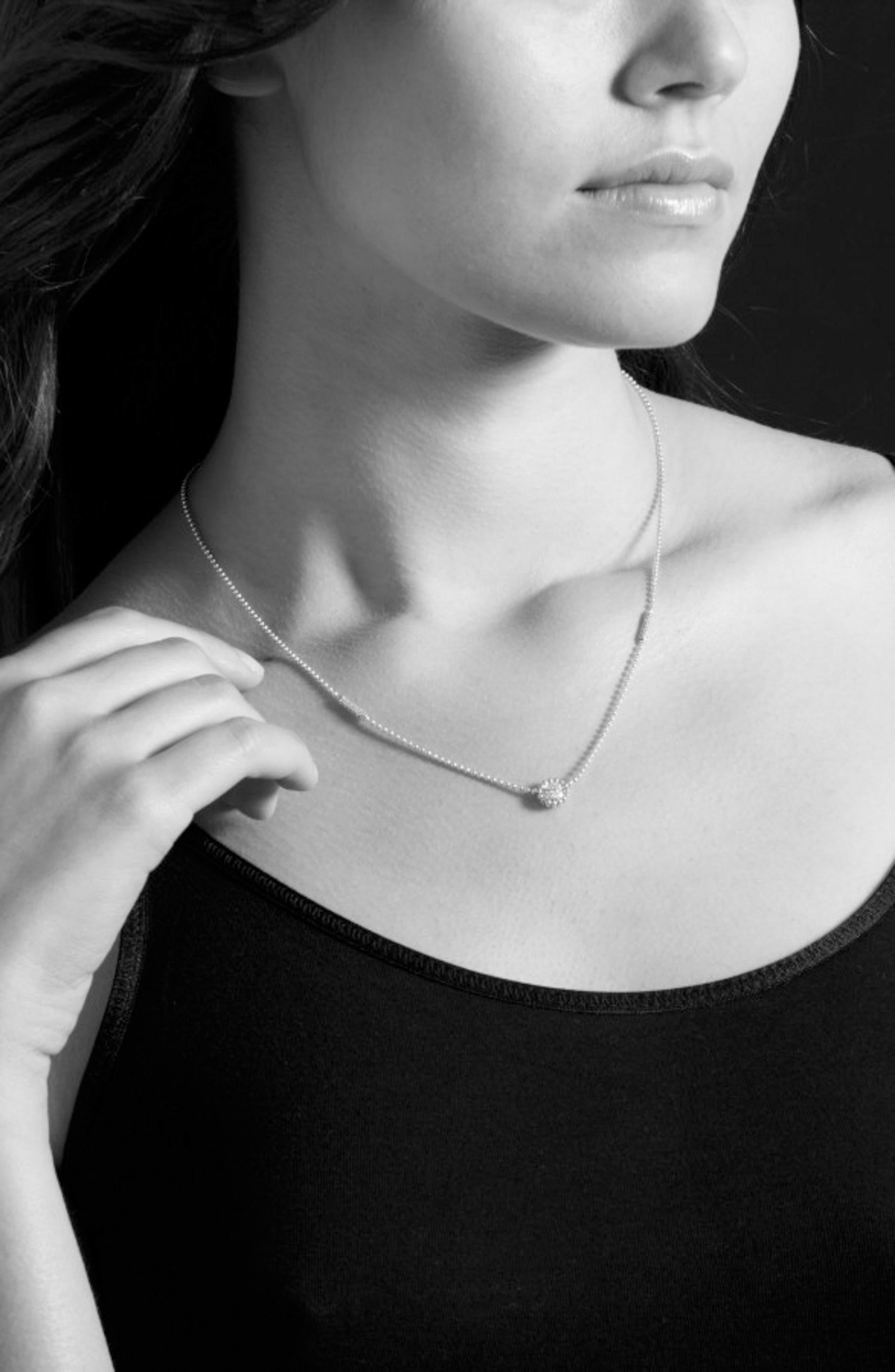 'Caviar' Circle Pendant Necklace,                             Alternate thumbnail 4, color,                             Silver/ Gold