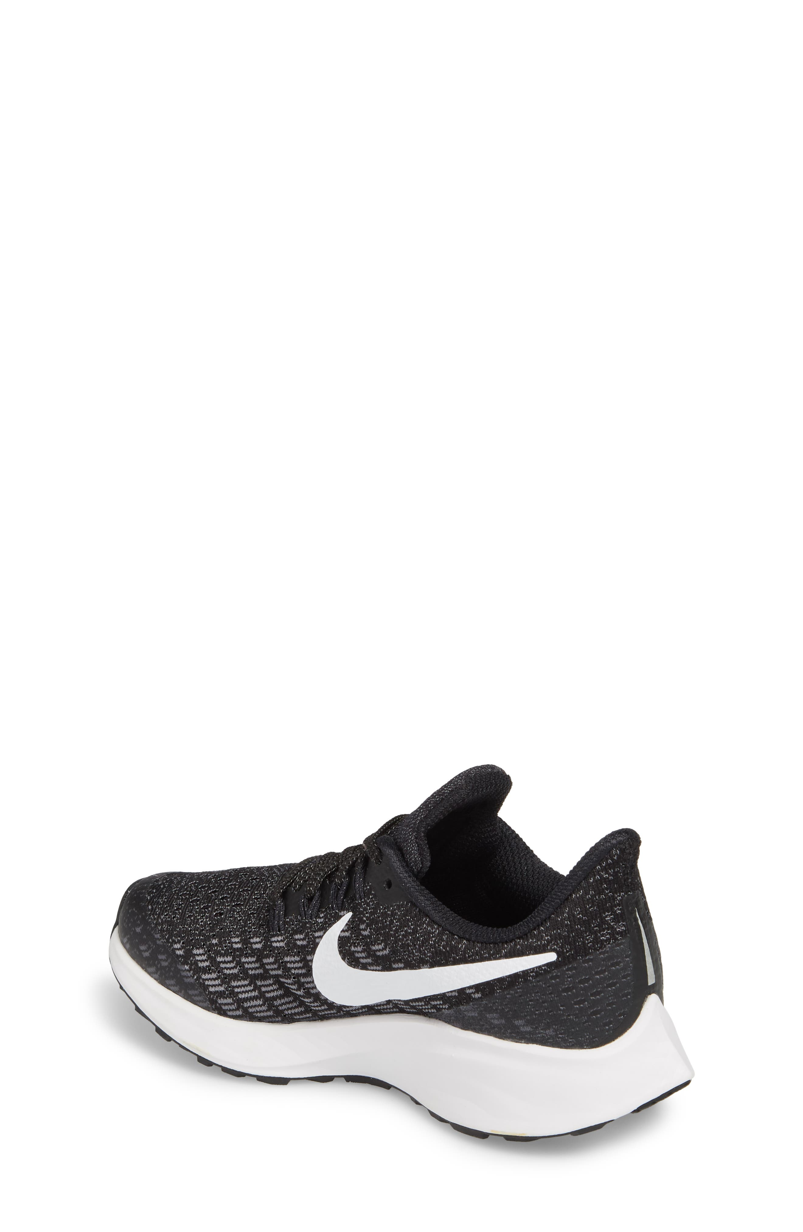 c9d11accad Boys' Nike Shoes: Sale | Nordstrom