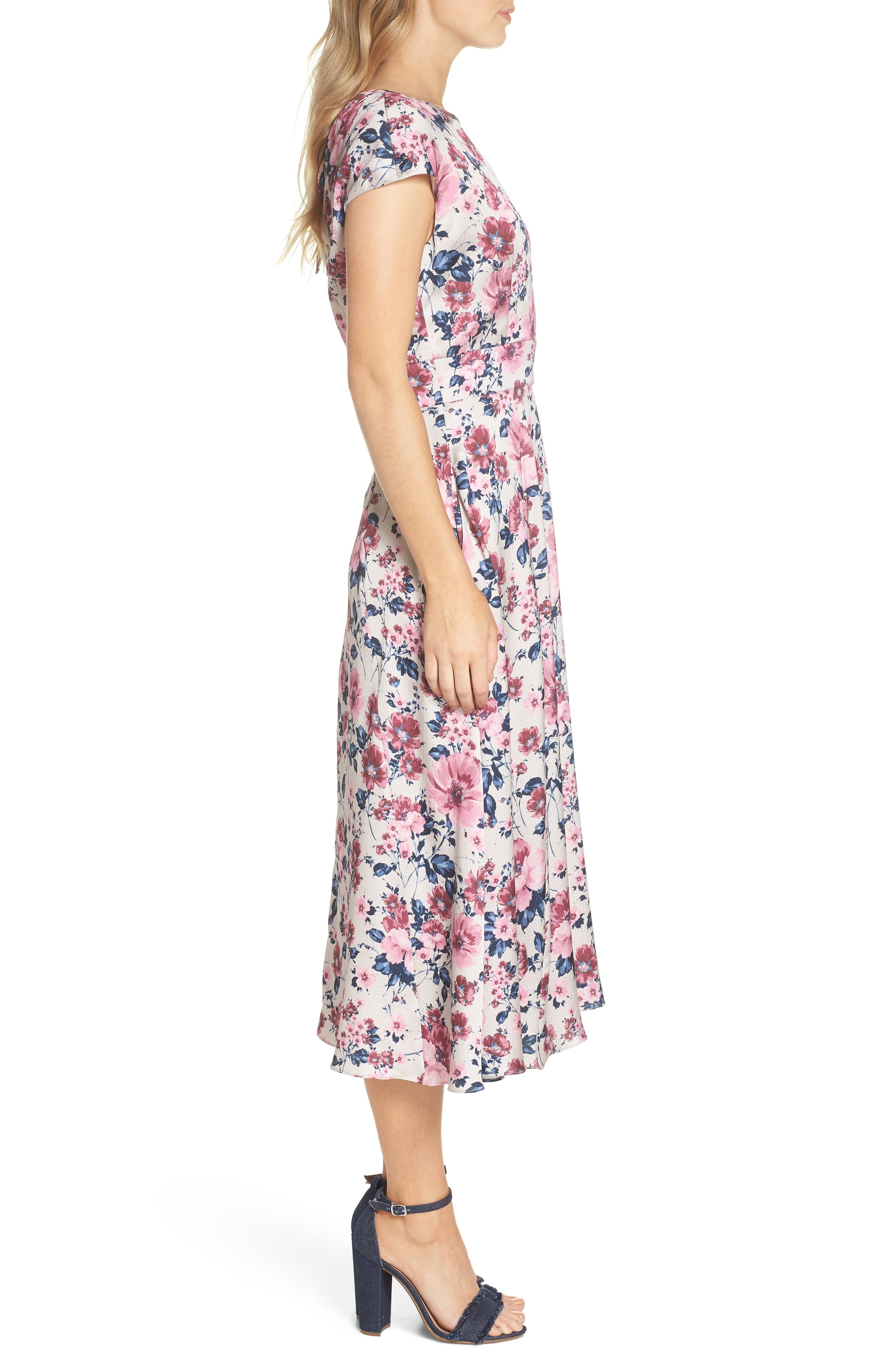 Julia Seersucker Midi Dress,                             Alternate thumbnail 4, color,                             Beige/ Pink