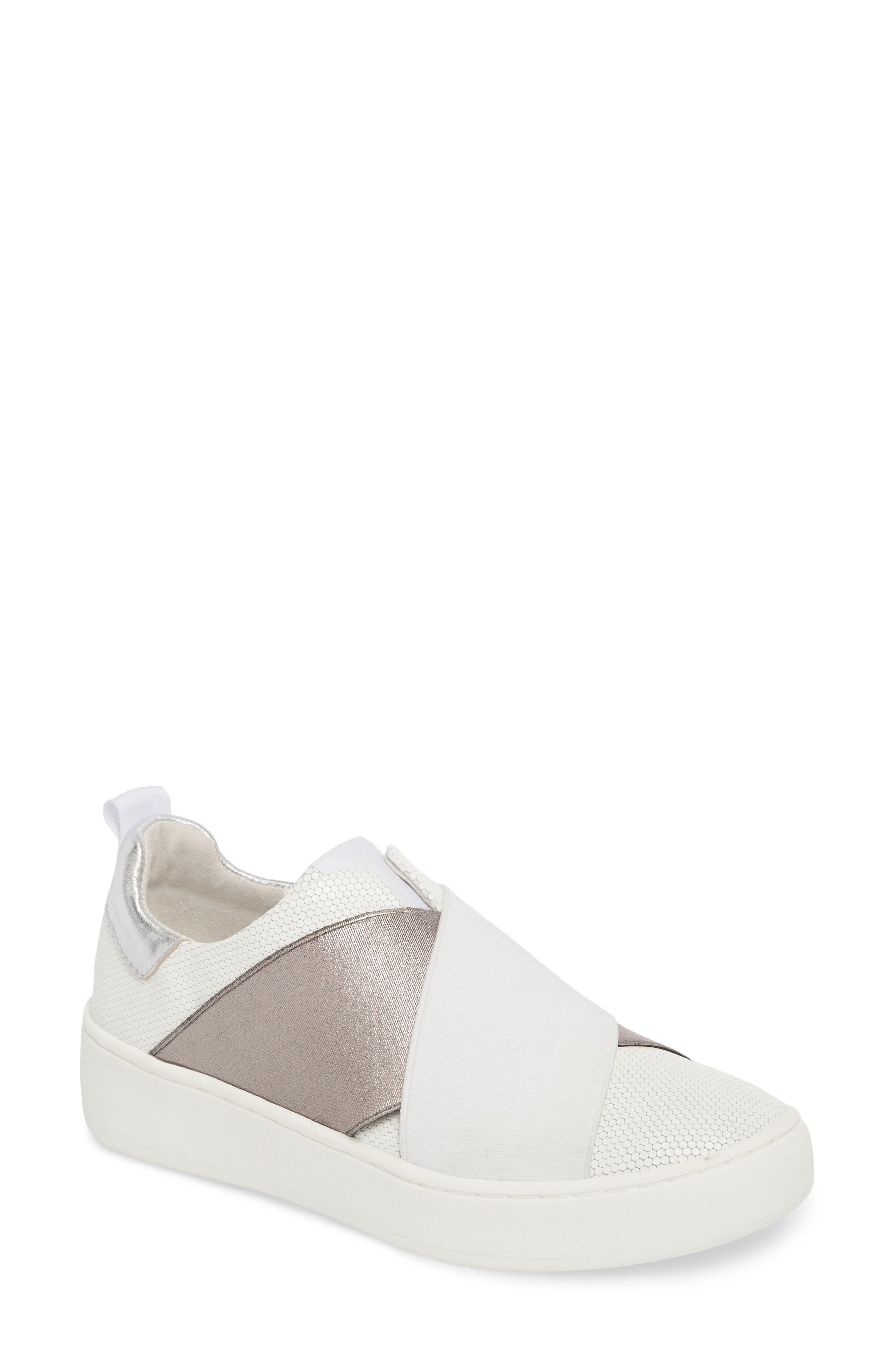Donald Pliner Women's Coley Platform Slip-On Sneaker oSyFCN