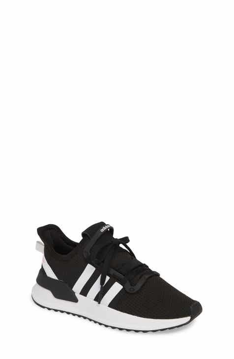 c8547e081ac37 Big Girls  Adidas Shoes (Sizes 3.5-7)