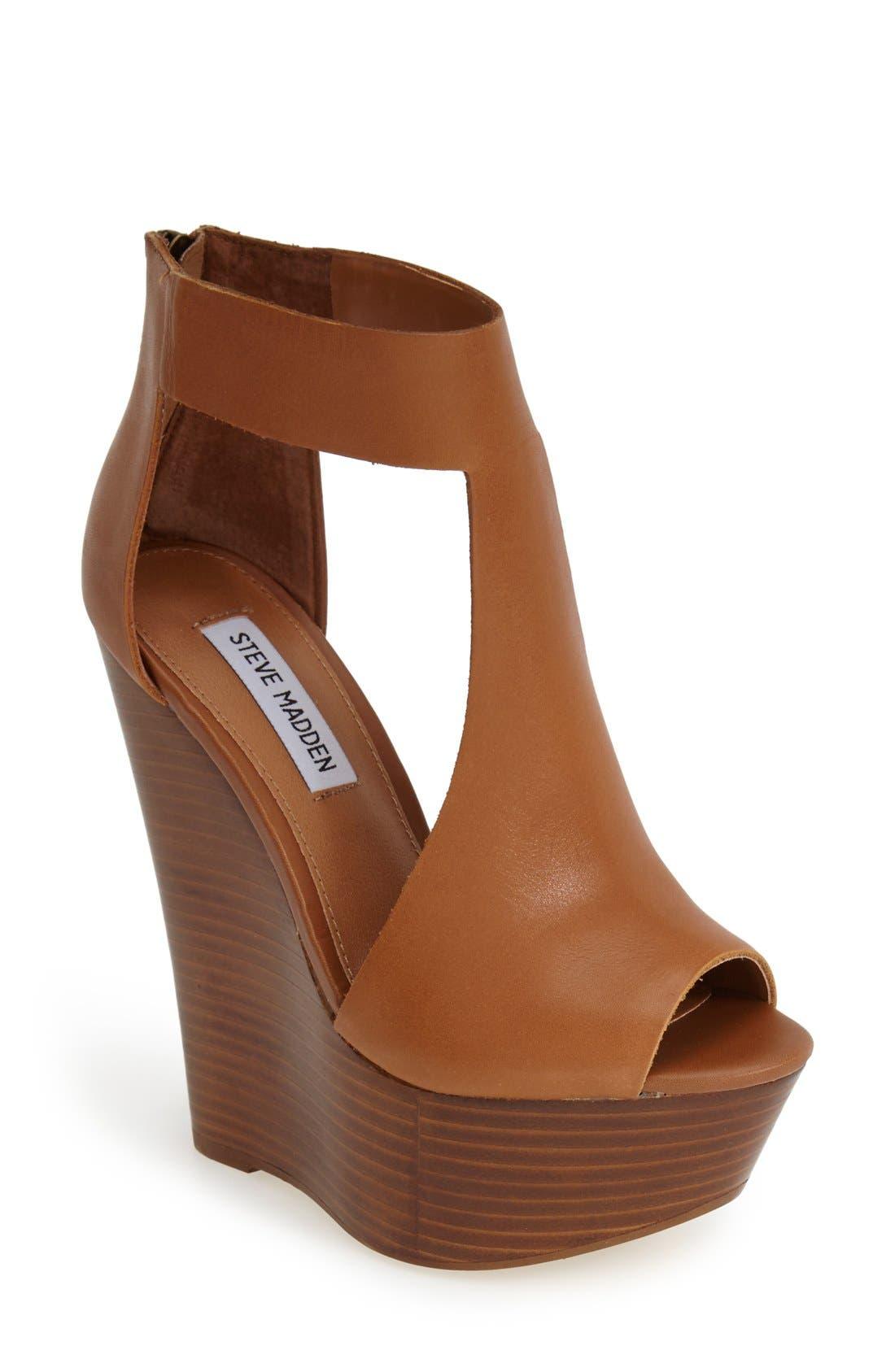 Alternate Image 1 Selected - Steve Madden 'Gunnther' Platform Wedge Sandal (Women)
