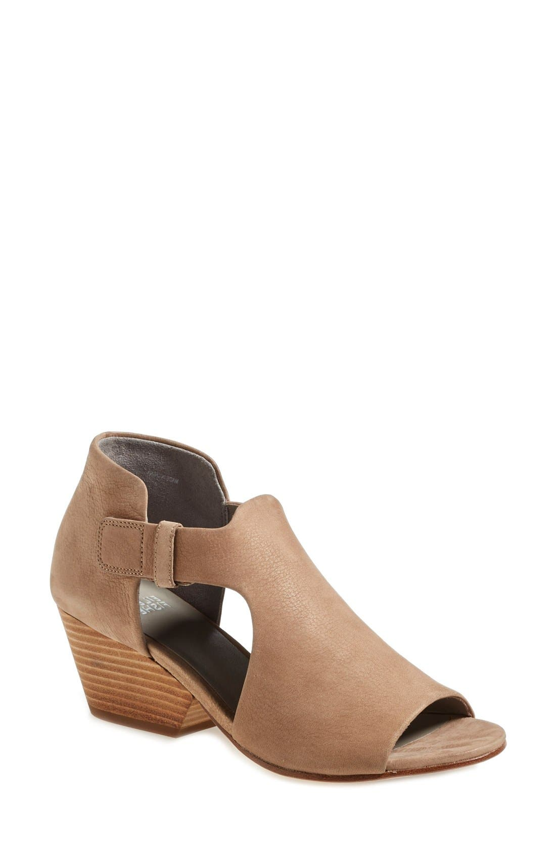 Eileen Fisher 'Iris' Sandal (Women)