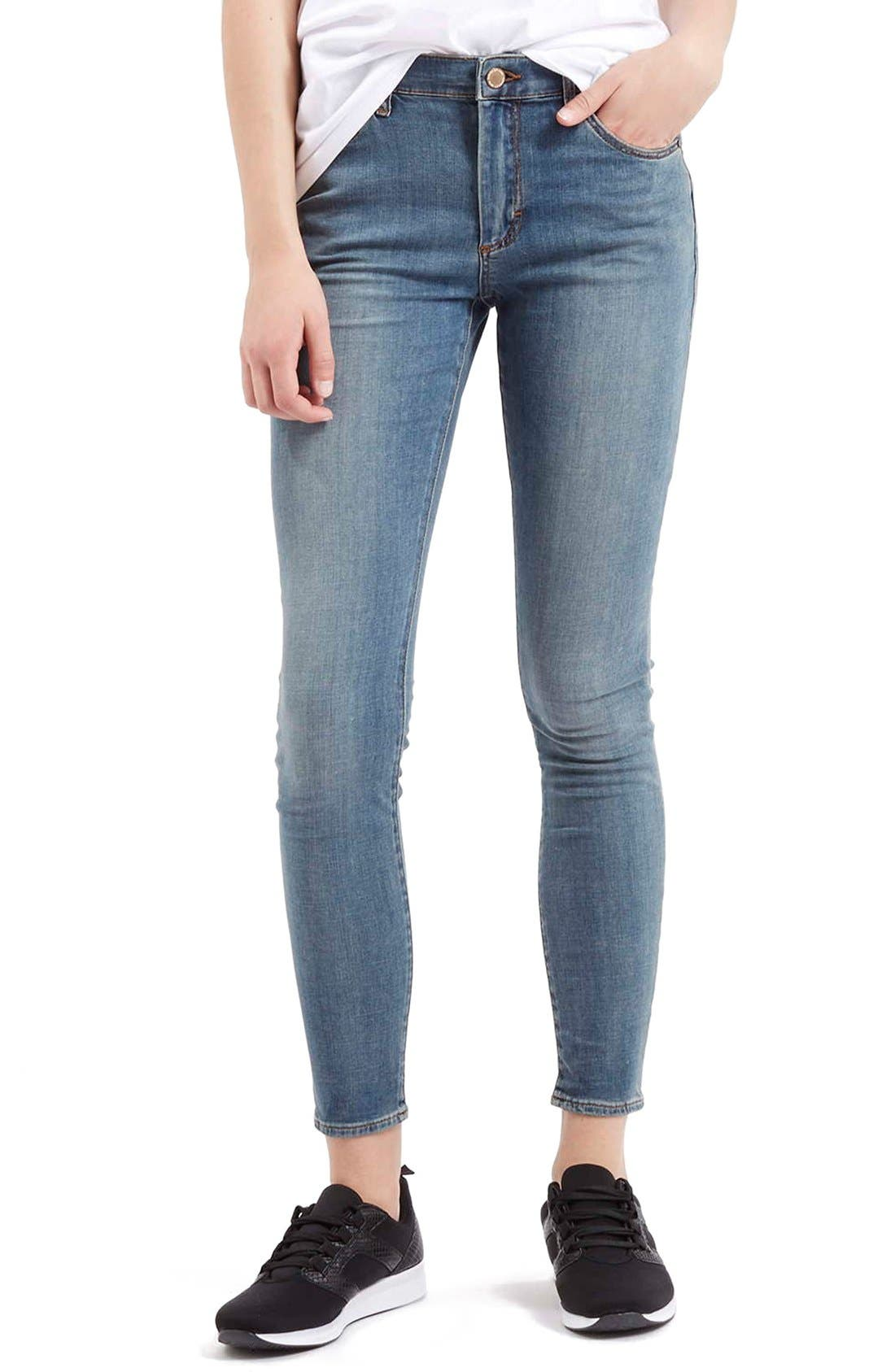 Main Image - Topshop Moto 'Leigh' Ankle Skinny Jeans (Light Denim)