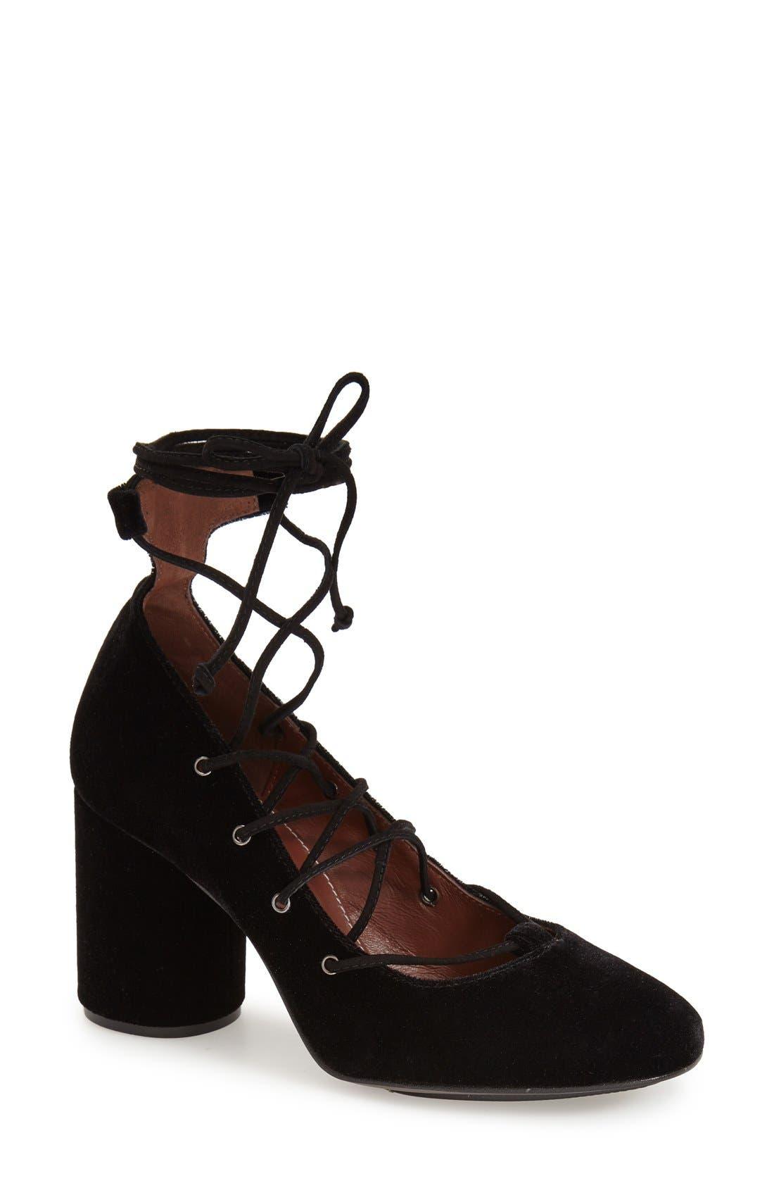 Main Image - Topshop'Prize Tie' Ghillie Pump (Women)