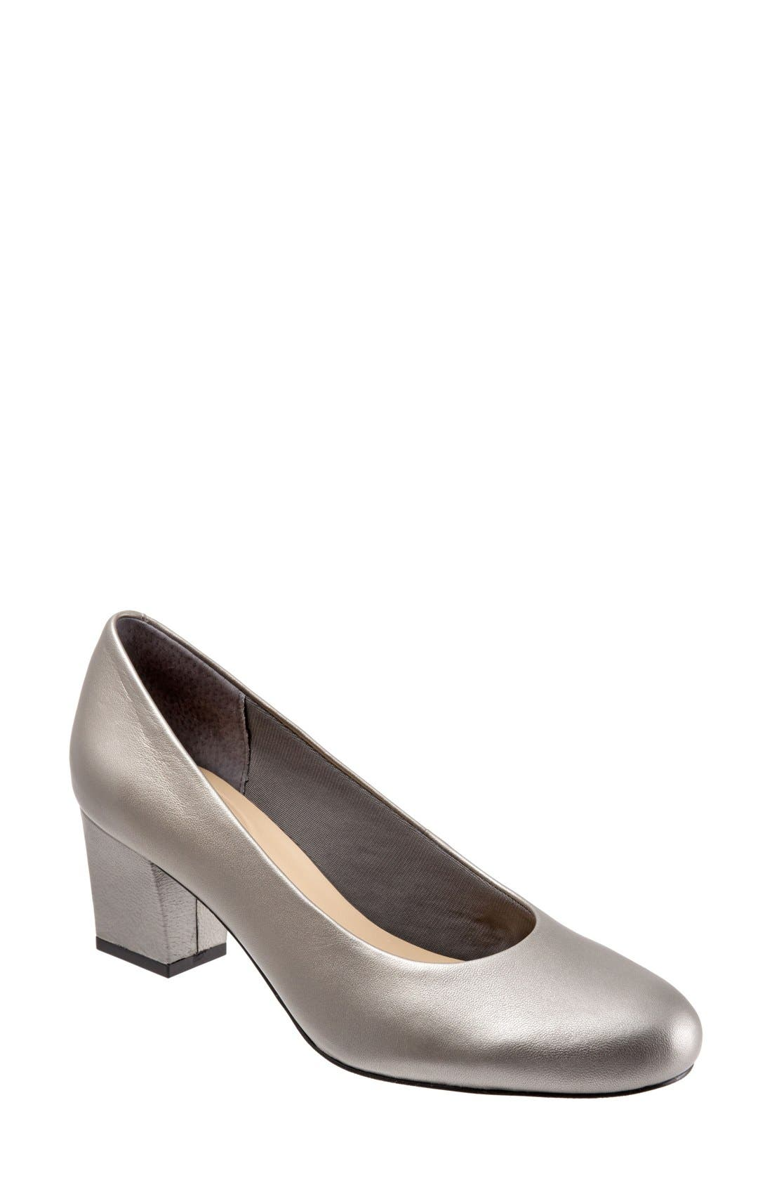 Alternate Image 1 Selected - Trotters 'Candela' Pump (Women)