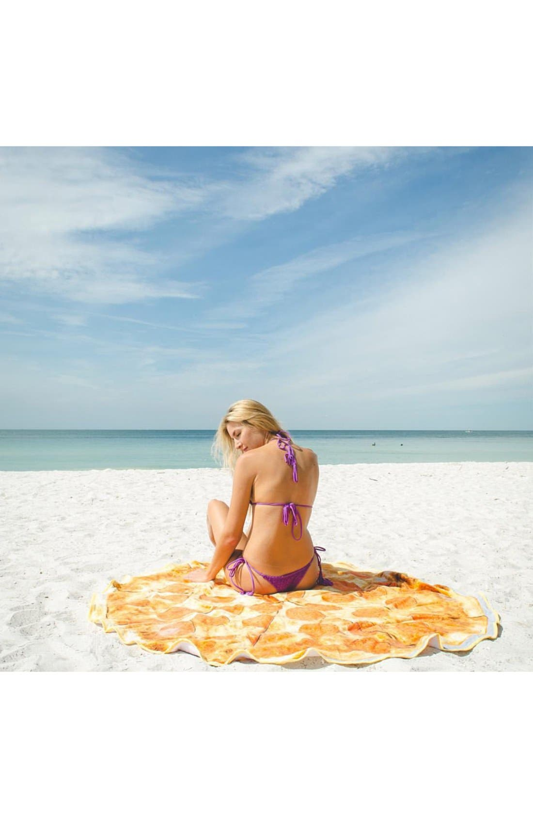 Alternate Image 2  - Round Towel Co. Pizza Round Beach Towel