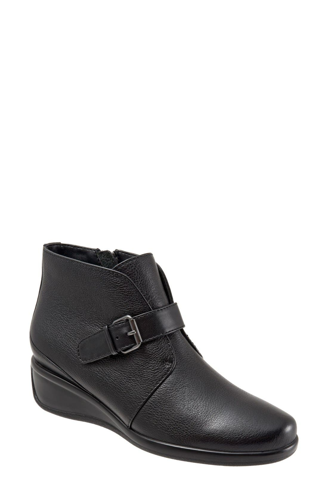 Alternate Image 1 Selected - Trotters 'Mindy' Wedge Bootie (Women)
