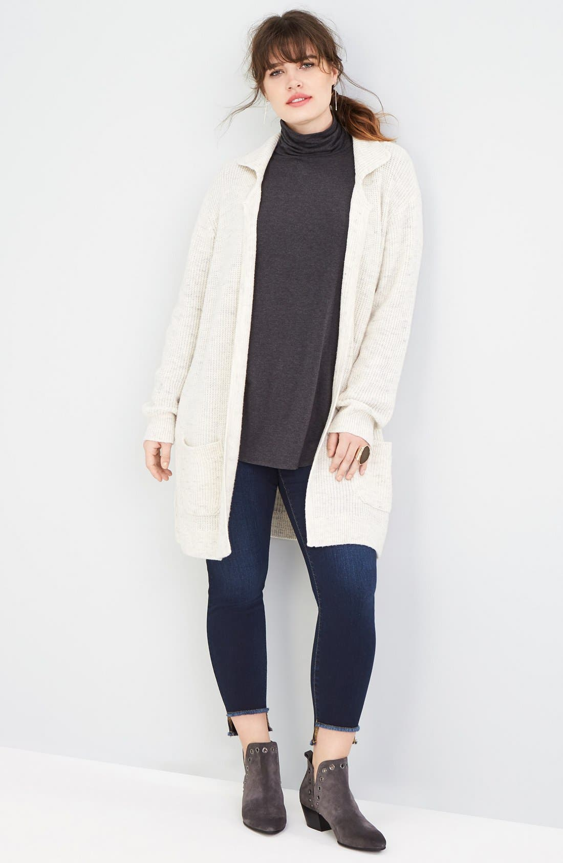 Sejour Jacket, Turtleneck & SLINK Jeans Stretch Jeans Outfit with Accessories (Plus Size)
