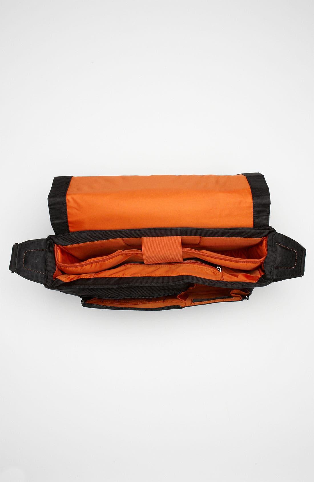 Alternate Image 3  - Briggs & Riley 'Verb - Grow' Expandable Water Resistant Messenger Bag