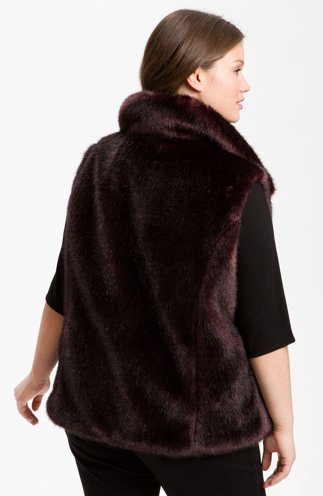 Alternate Image 3  - Gallery Reversible Faux Fur Vest (Plus) (Online Exclusive)