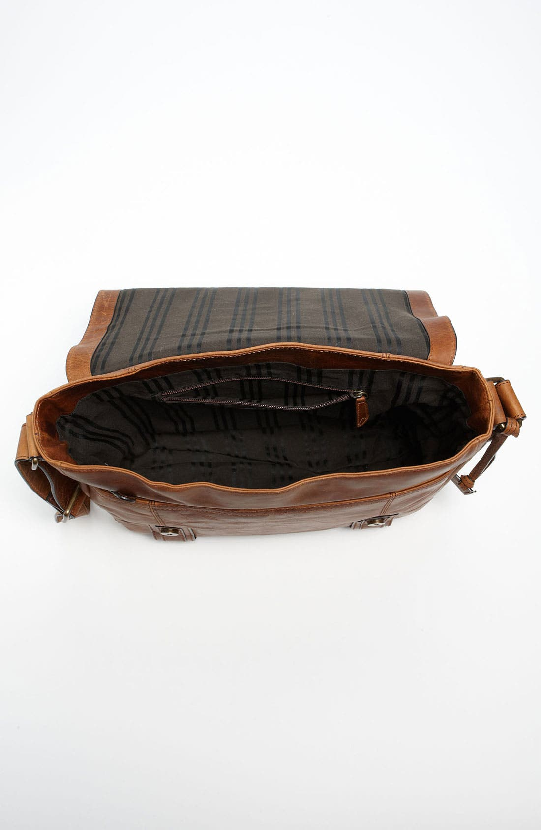 Alternate Image 4  - Frye 'Logan' Messenger Bag
