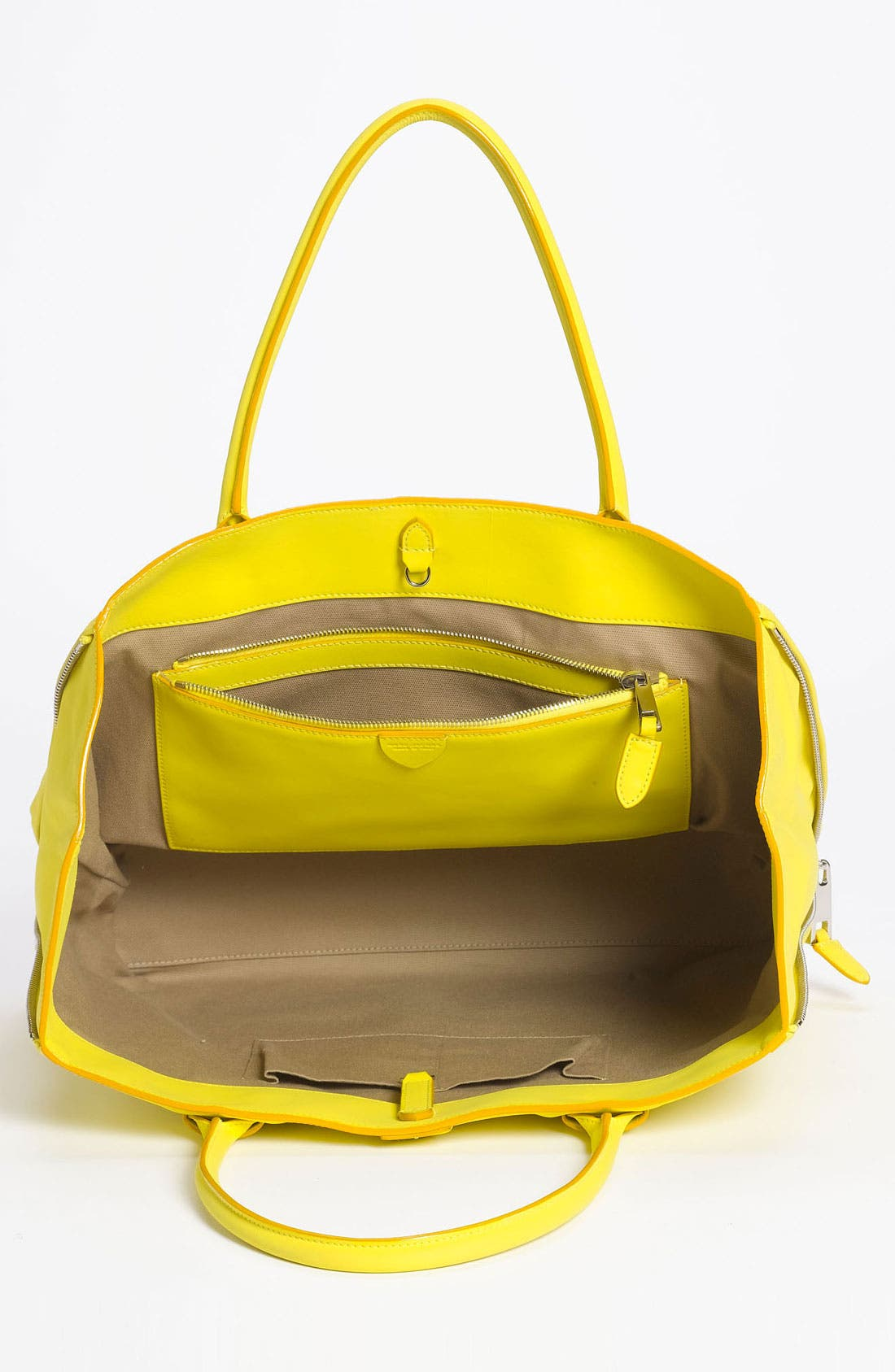 Alternate Image 3  - MARC JACOBS 'Sheila' Rubberized Leather Tote