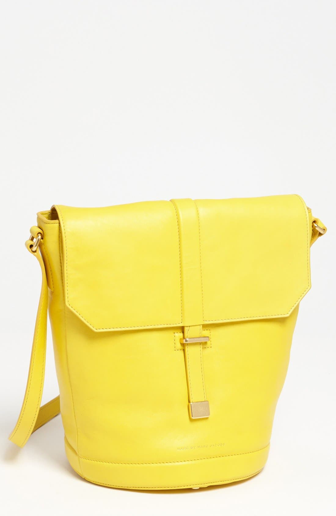 Alternate Image 1 Selected - MARC BY MARC JACOBS 'Natural Selection - Alicia' Leather Bucket Bag