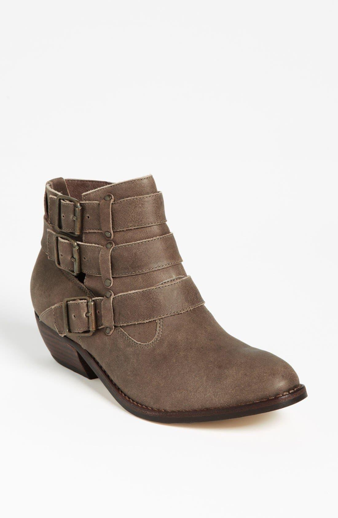 Alternate Image 1 Selected - Matisse 'Bobbie' Boot