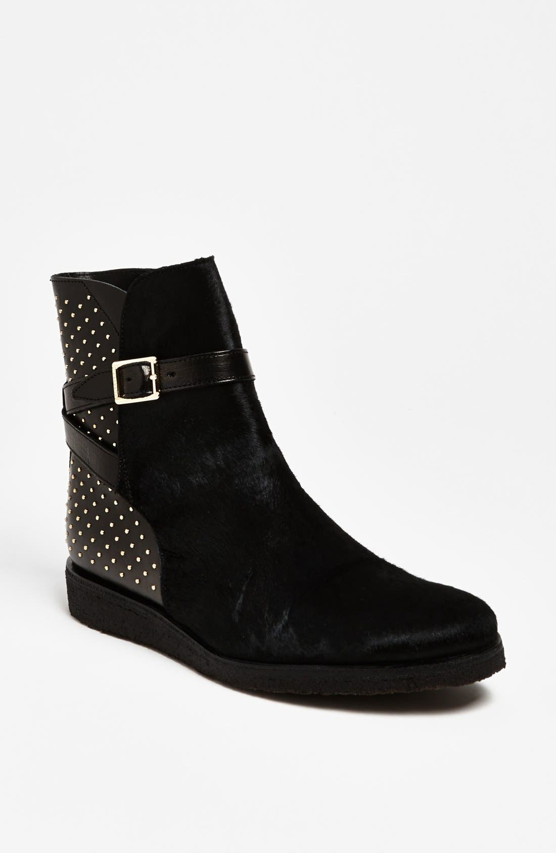 Main Image - Burberry 'Eskdale' Boot (Online Only)