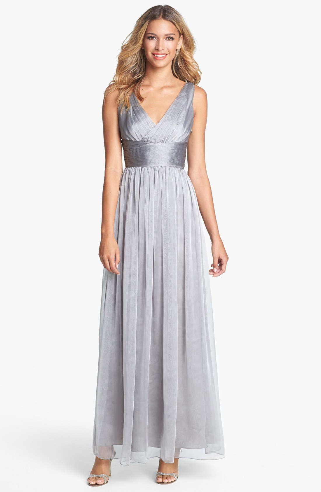 Main Image - Monique Lhuillier Bridesmaids Sleeveless Ruched Chiffon Dress (Nordstrom Exclusive)