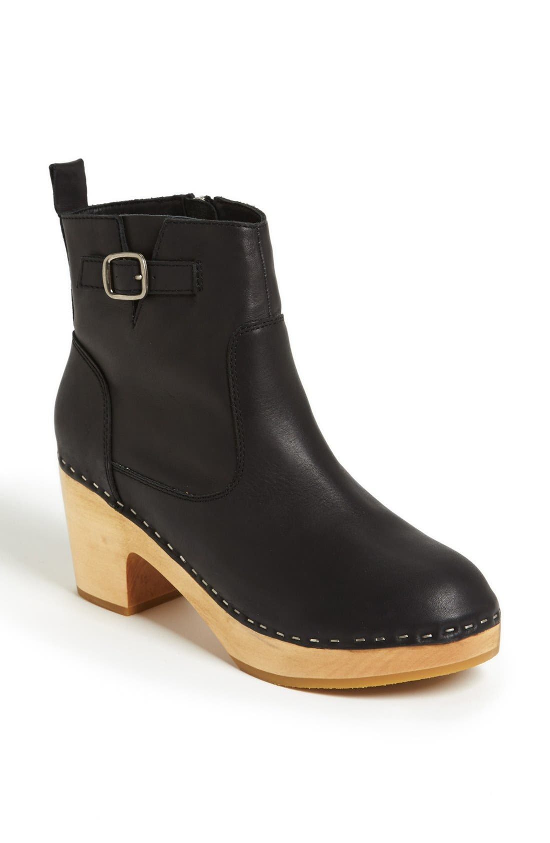 Alternate Image 1 Selected - Steve Madden 'Olaaf' Boot