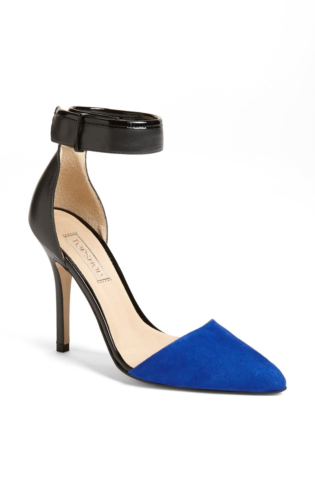 Alternate Image 1 Selected - Topshop 'Gather' Pump