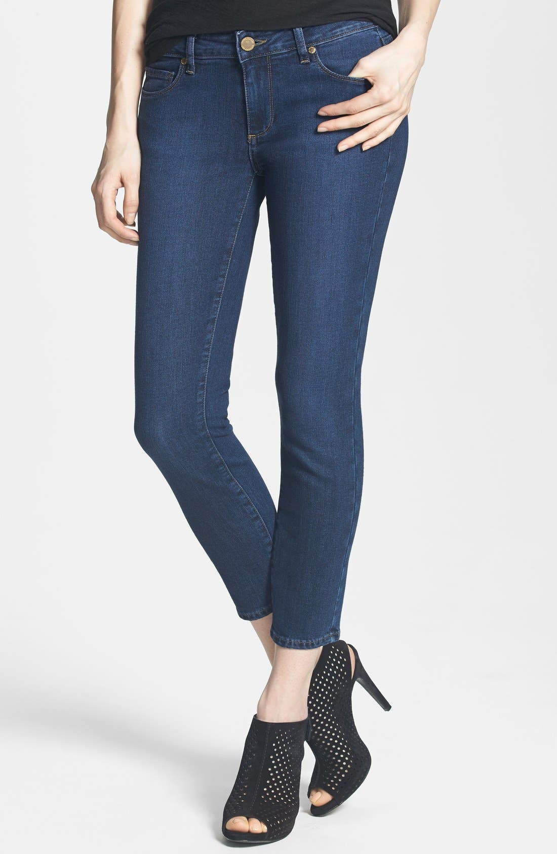 Main Image - Paige Denim 'Kylie' Crop Skinny Jeans (Claire)