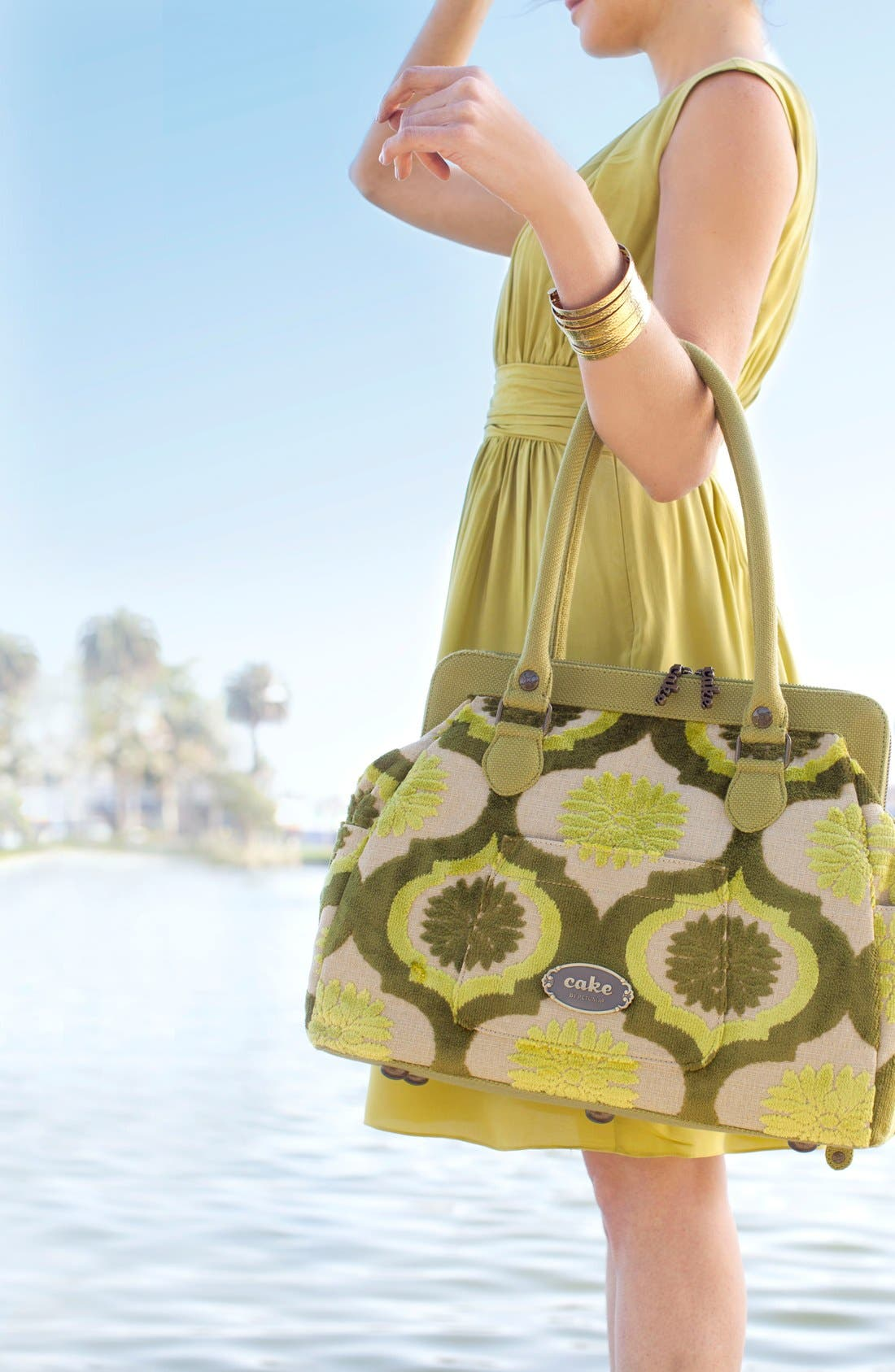 Alternate Image 2  - Petunia Pickle Bottom 'Cosmopolitan Carryall - Cake' Diaper Bag