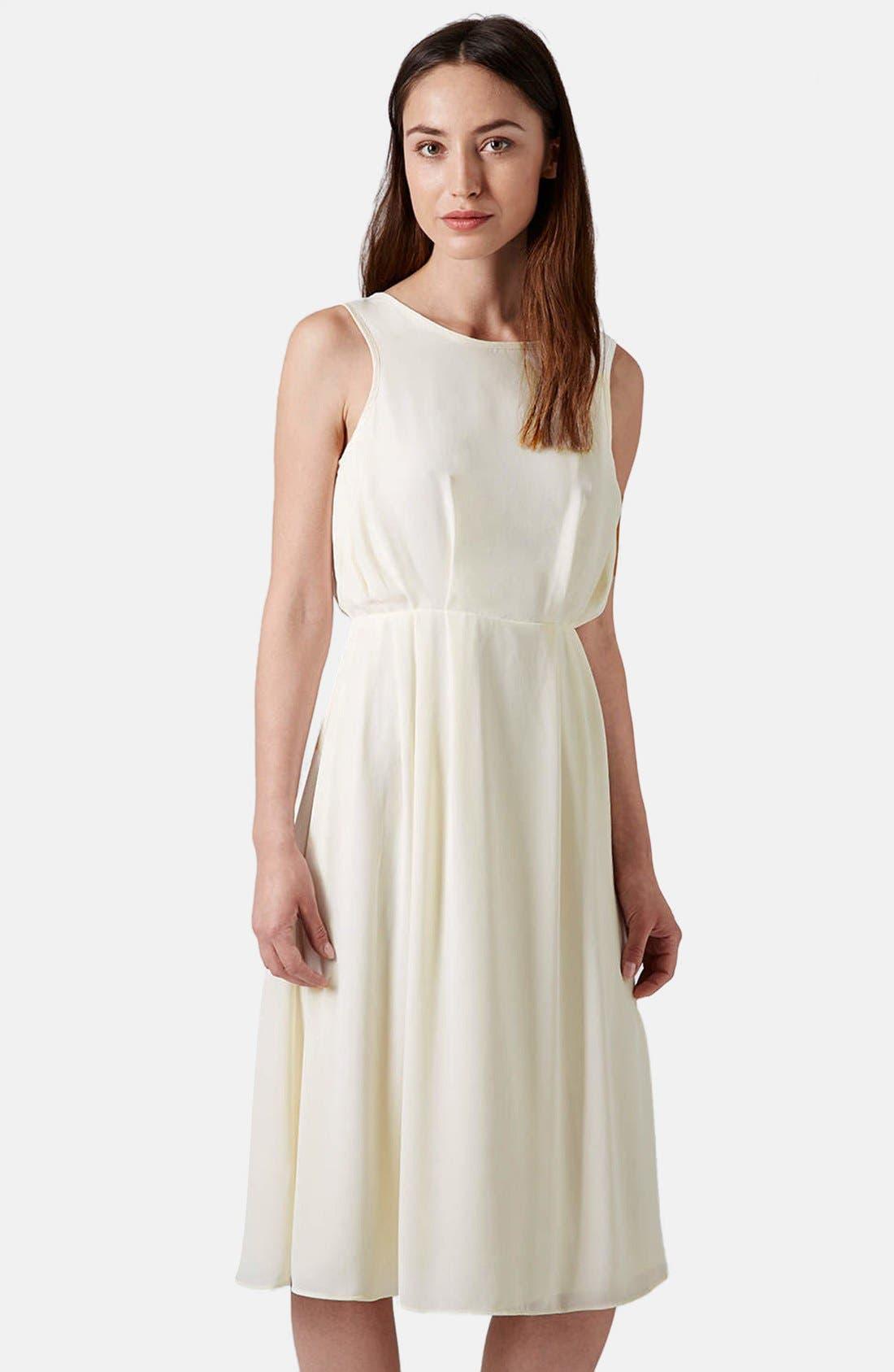 Alternate Image 1 Selected - Topshop 'Pasha' Gathered Midi Dress