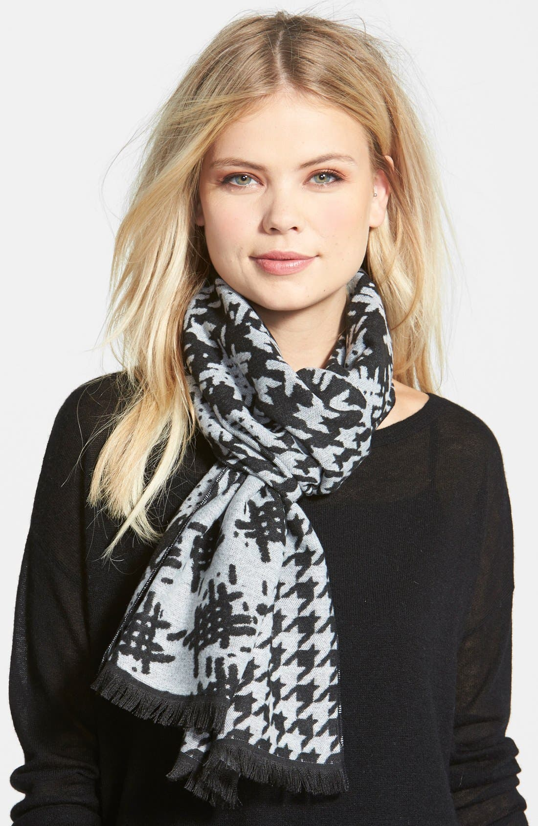 Main Image - Nordstrom Houndstooth Scarf