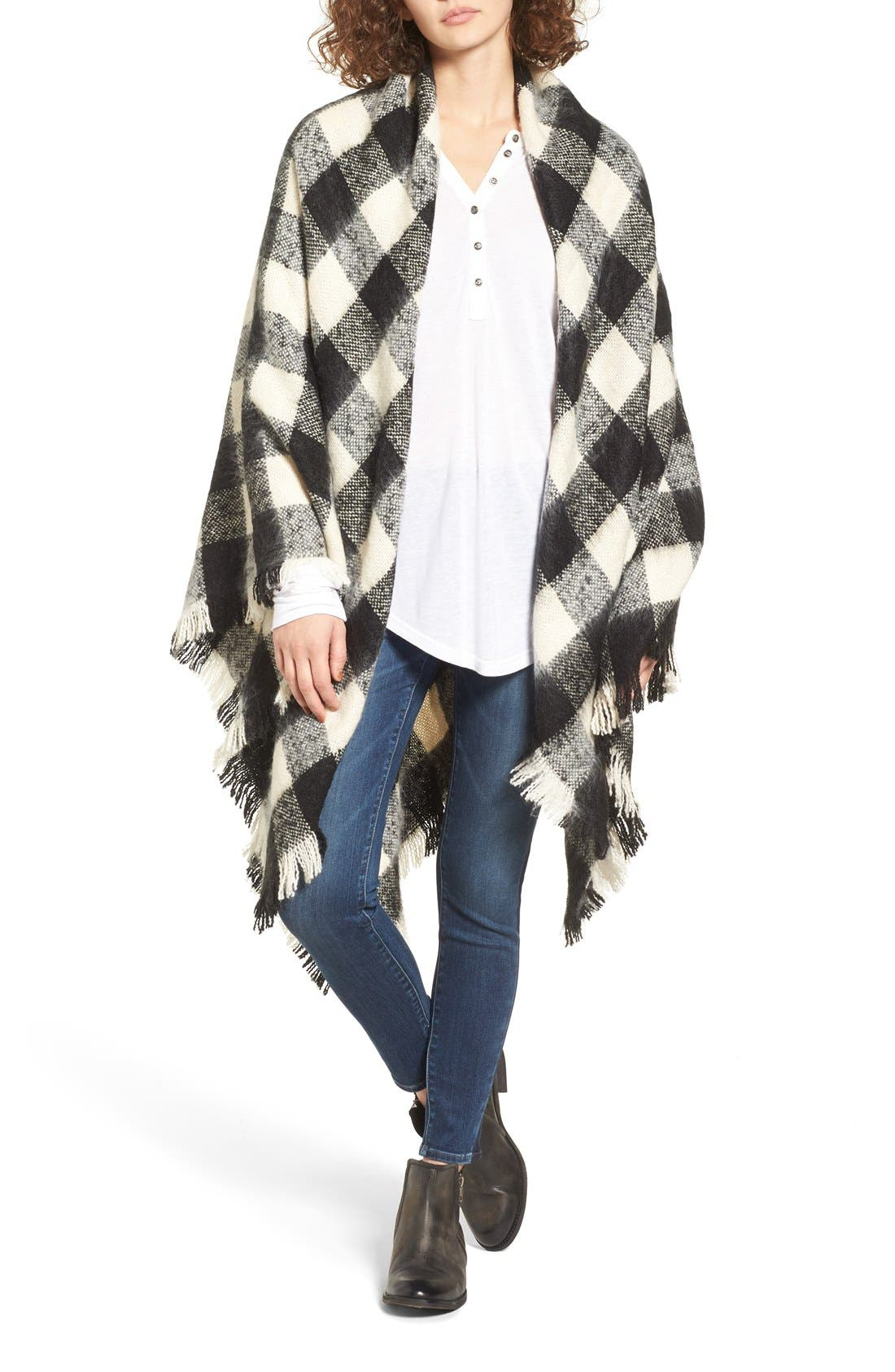 Main Image - Treasure&Bond Buffalo Check Blanket Wrap