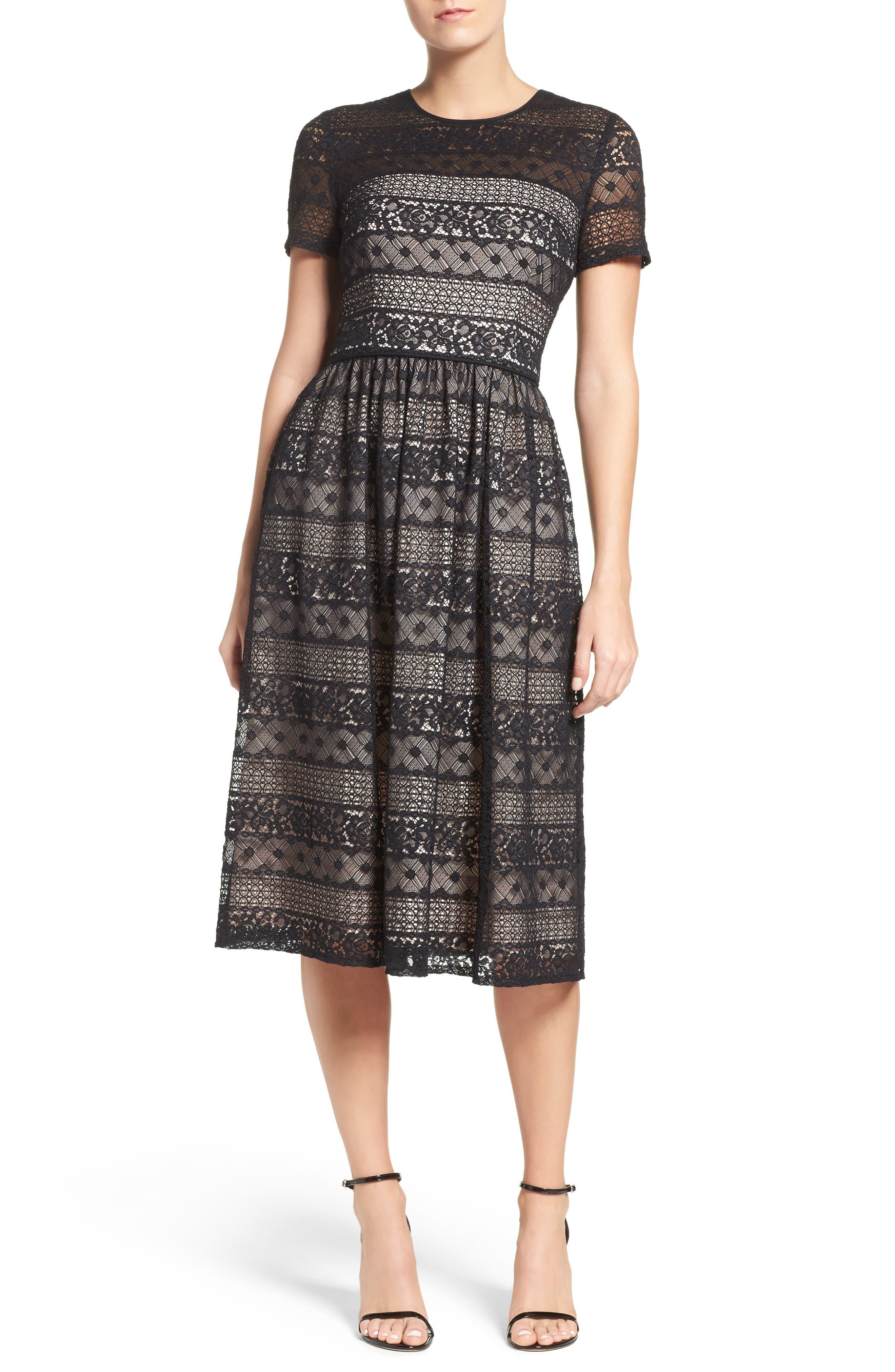 Main Image - Maggy London Lace Midi Dress (Regular & Petite)