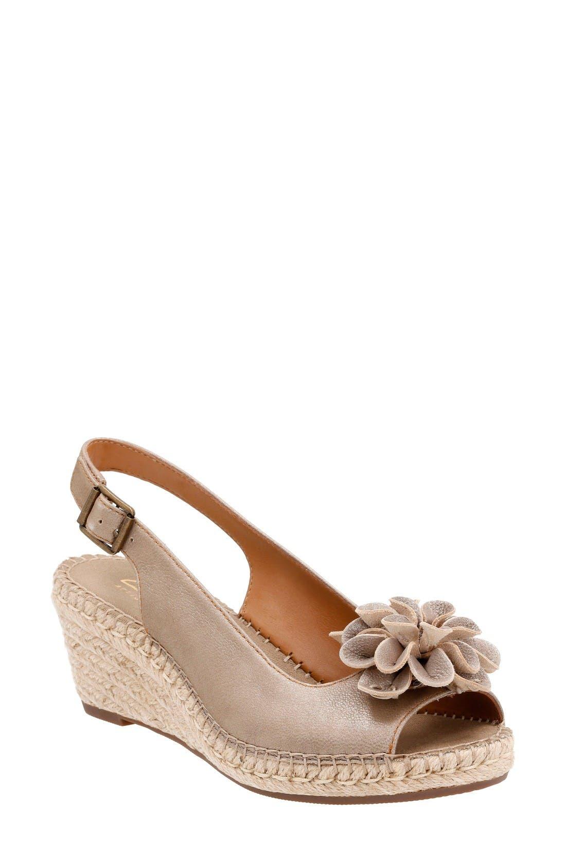 CLARKS<SUP>®</SUP> Petrina Bianca Wedge Sandal