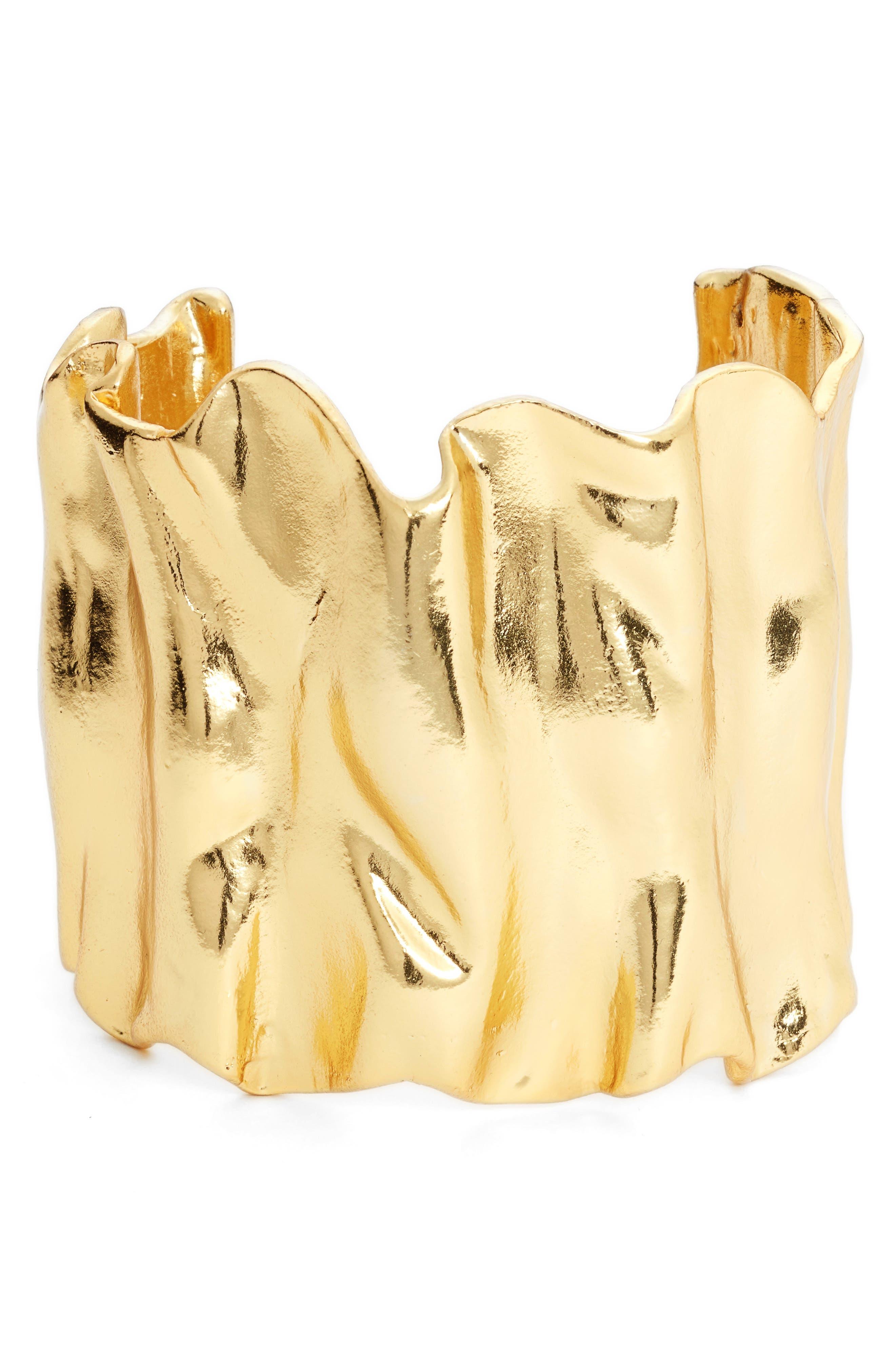 Noa Wavy Cuff,                         Main,                         color, Gold