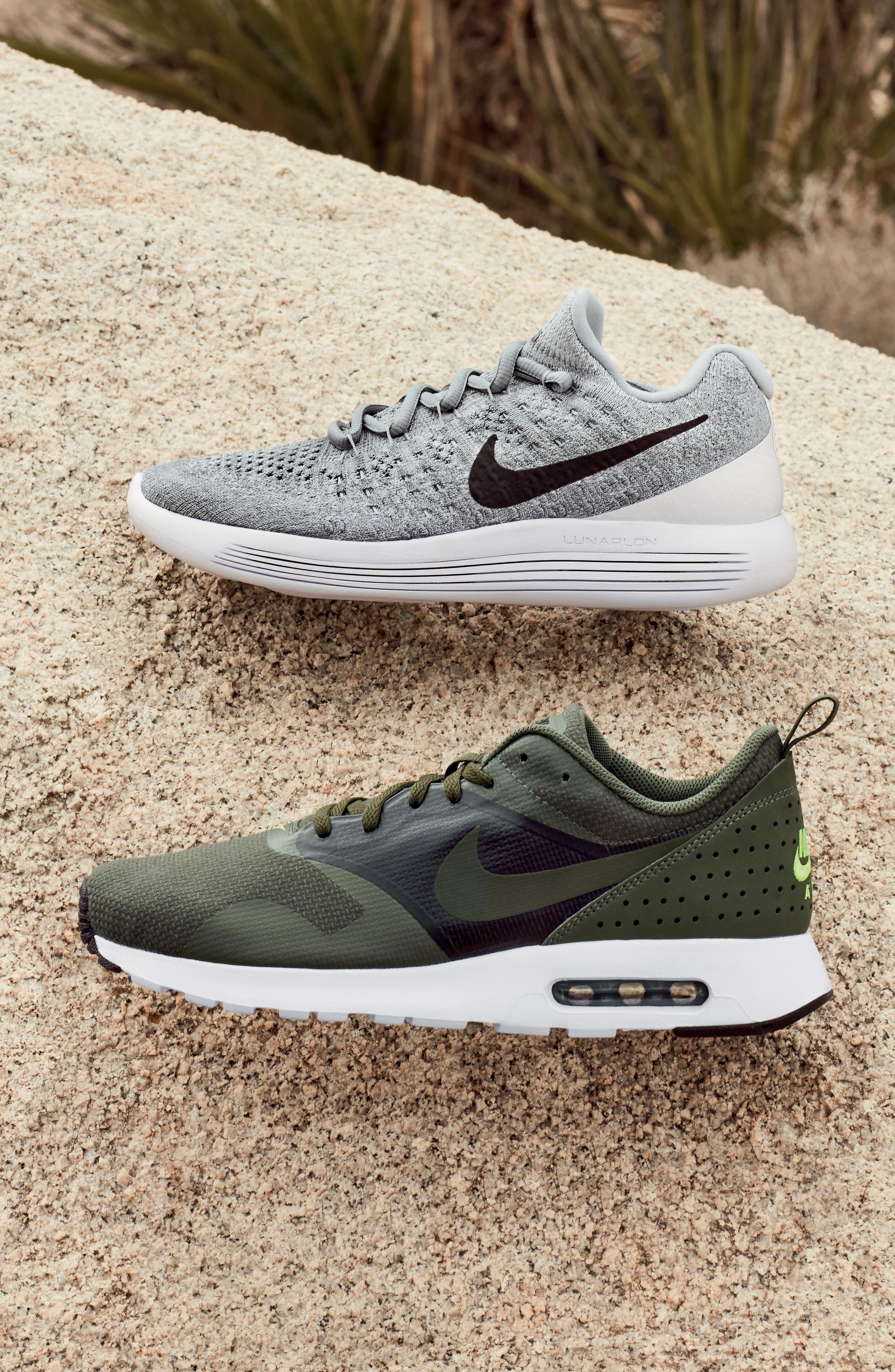 Alternate Image 8  - Nike Flyknit 2 LunarEpic Running Shoe (Men)
