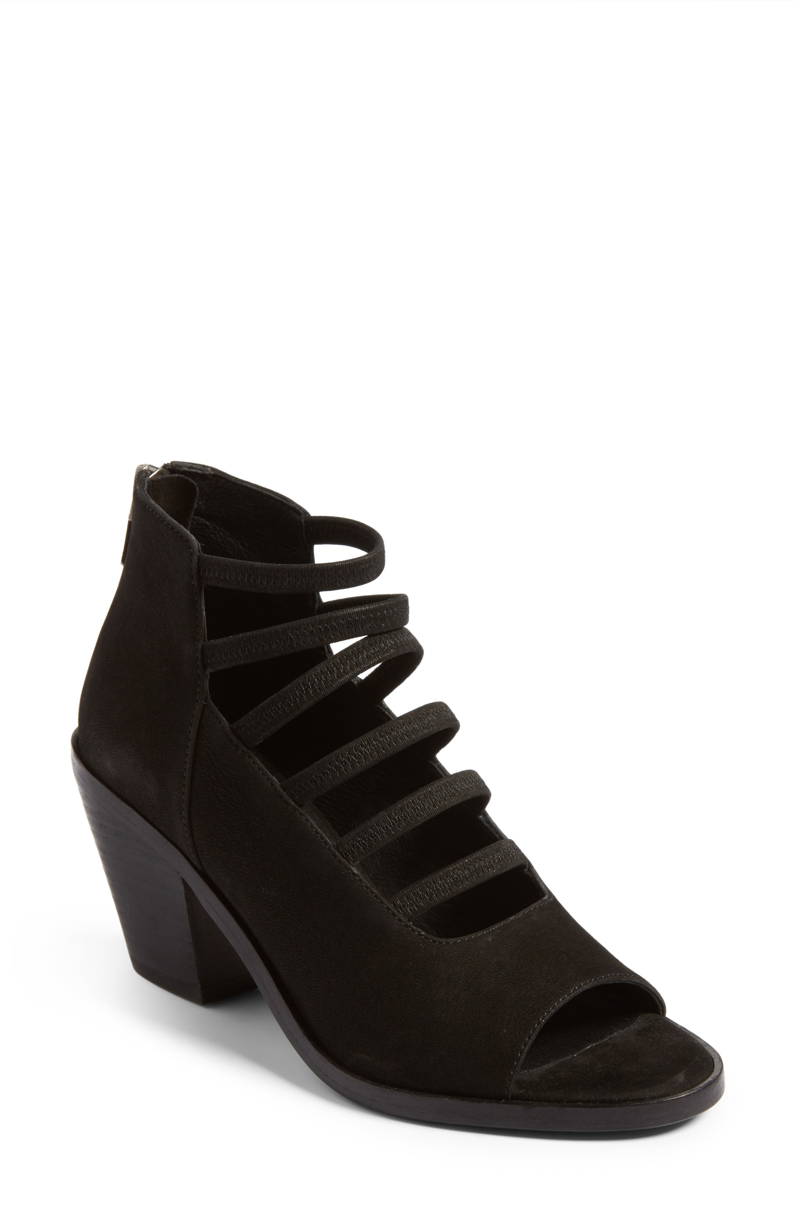 EILEEN FISHER James Strappy Sandal