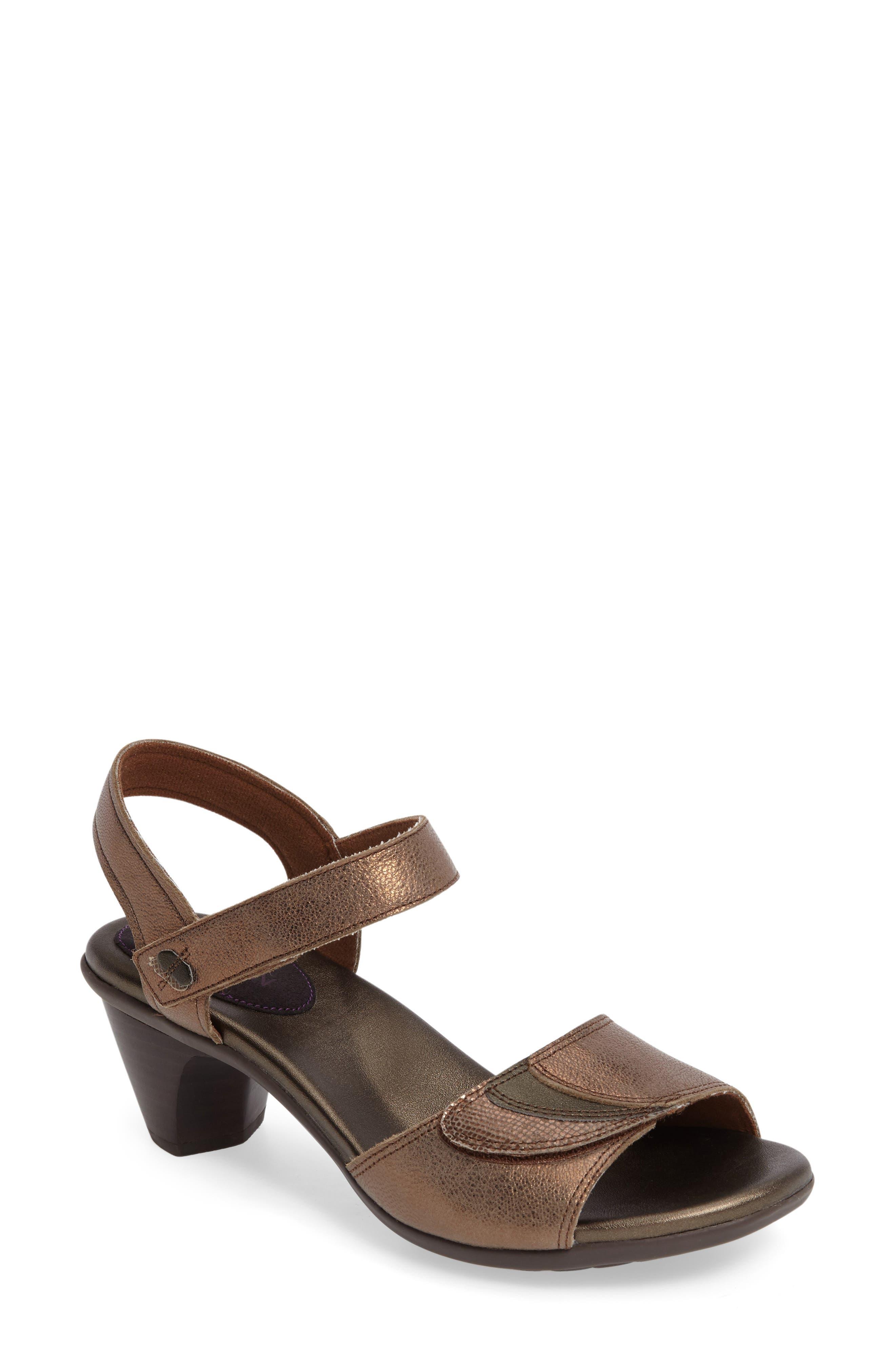 Aravon Medici Sandal (Women)