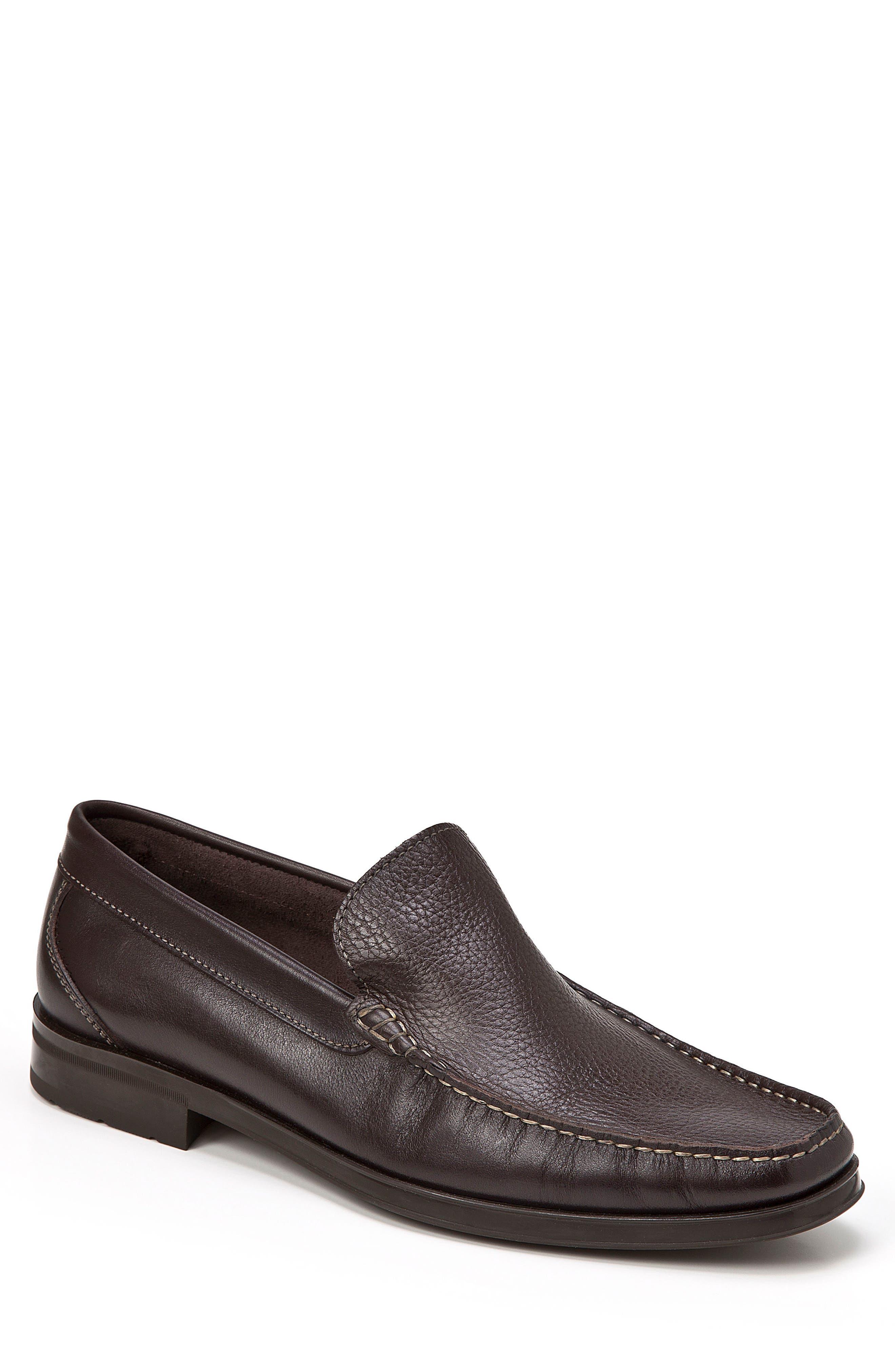 Euardo Moc Toe Loafer,                         Main,                         color, Brown
