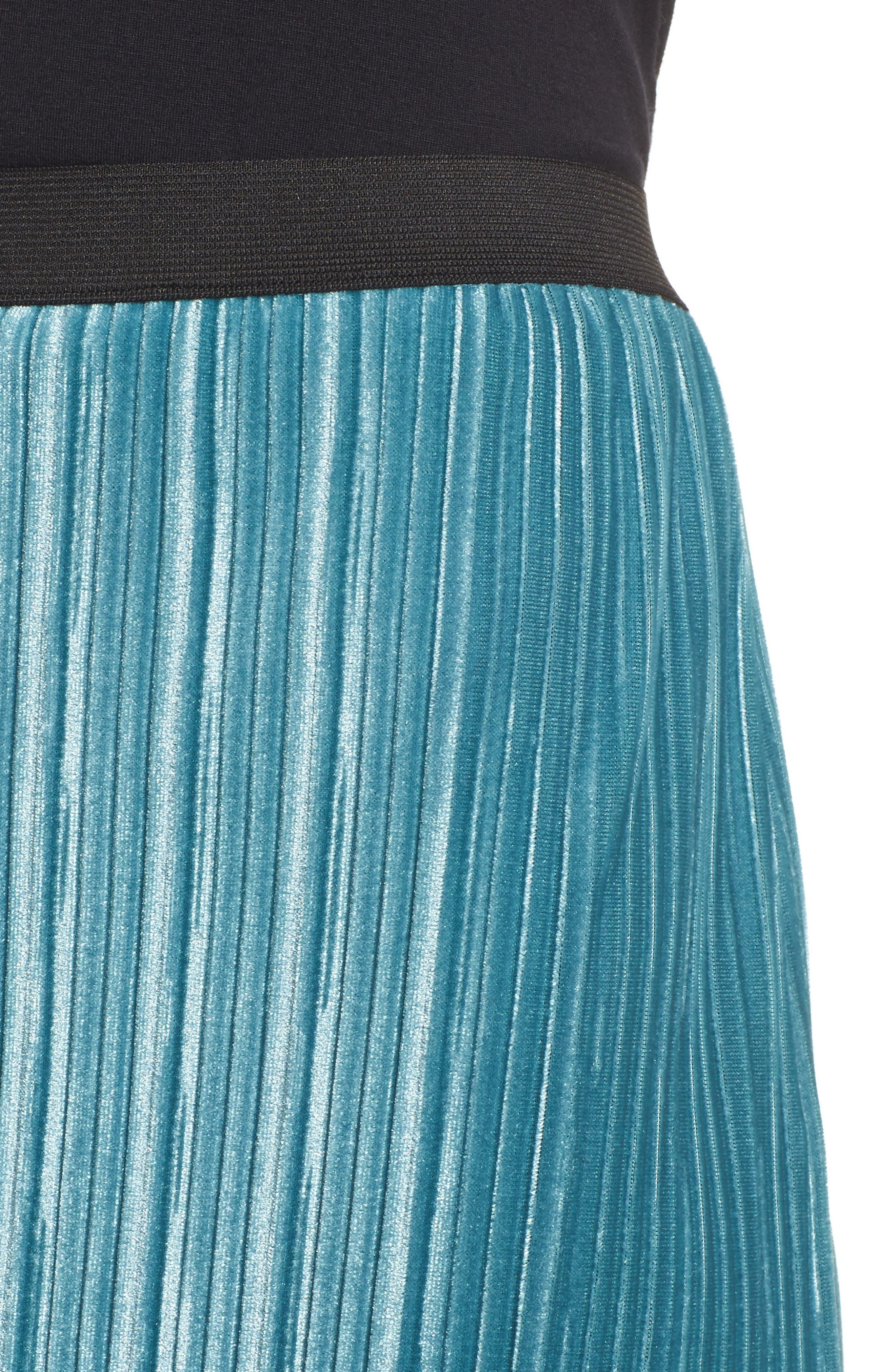 Alternate Image 4  - Leith Velour Pencil Skirt