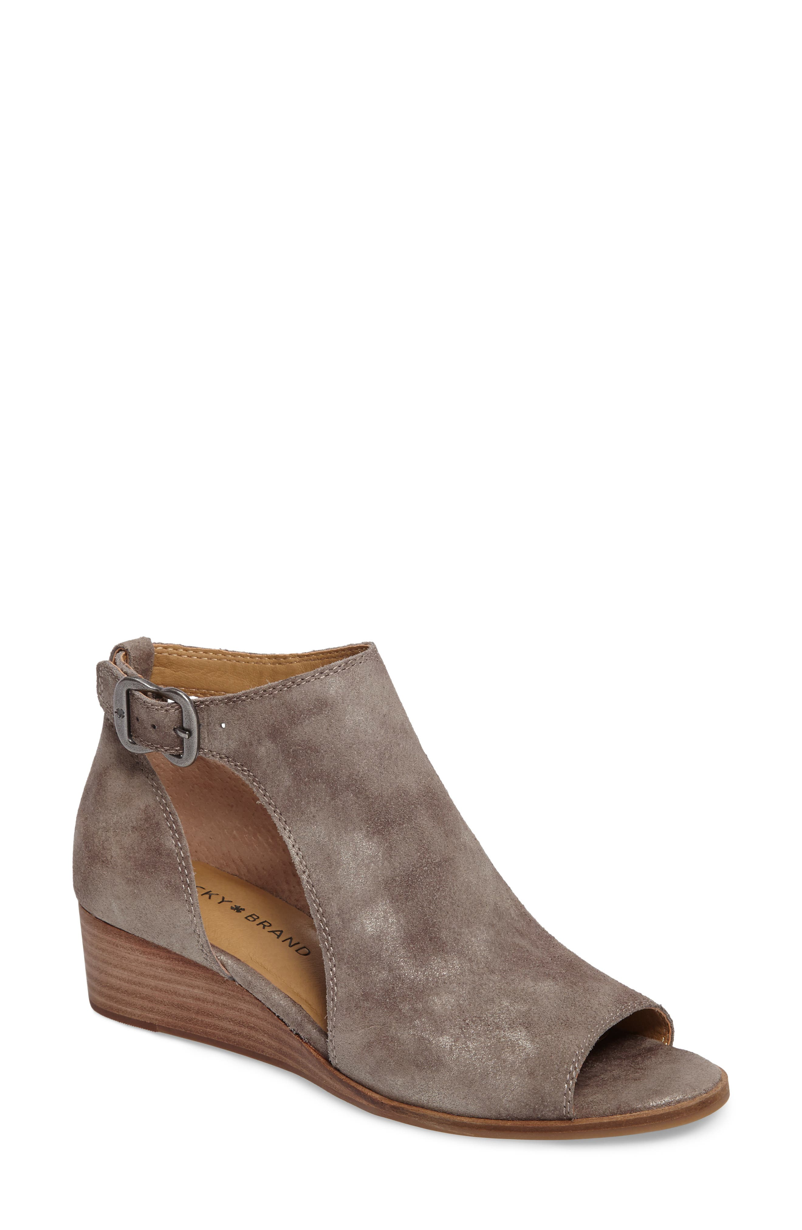 Alternate Image 1 Selected - Lucky Brand Rixanne Cutout Bootie (Women)