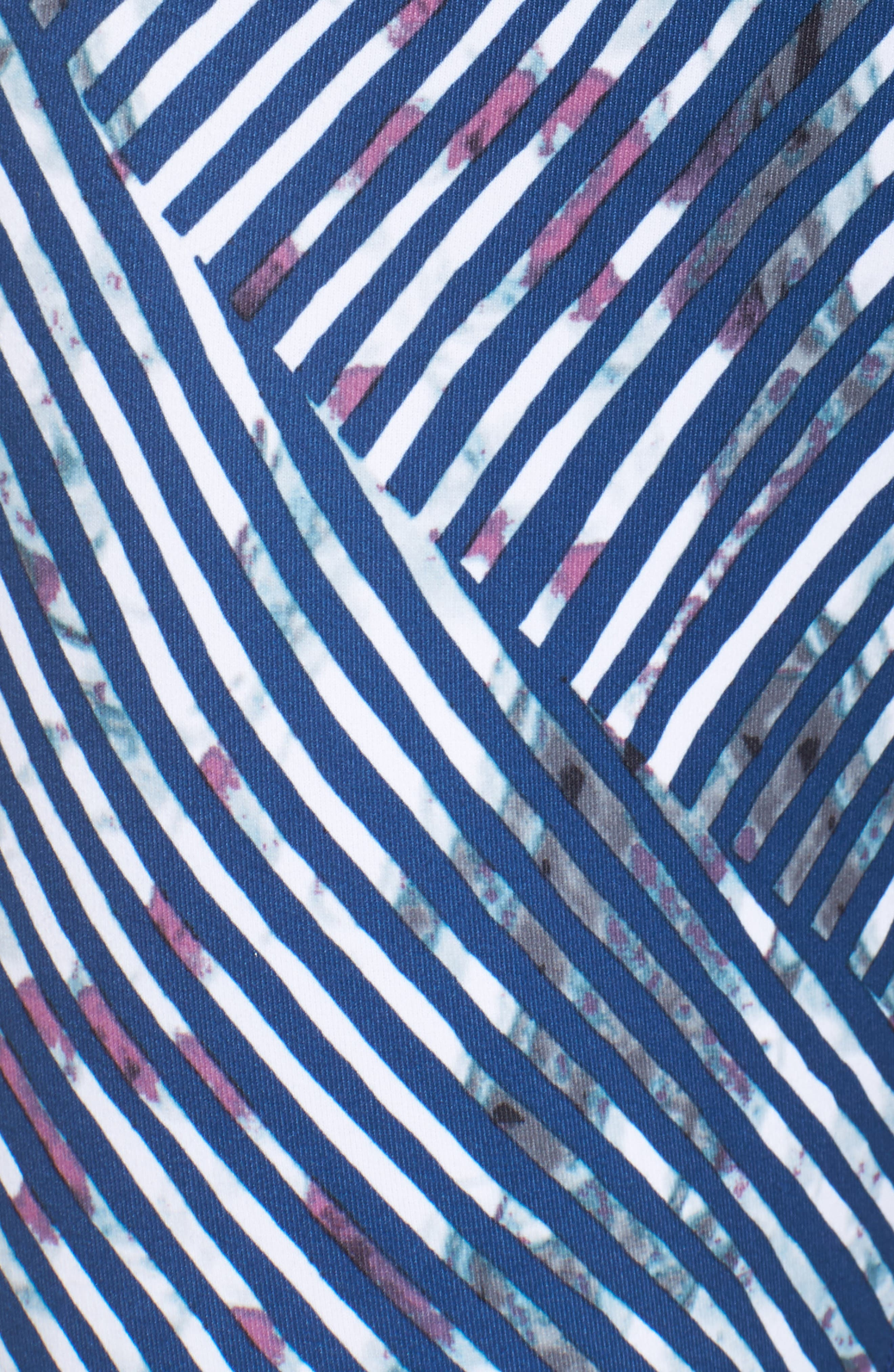 Alternate Image 5  - Zella Mesh-Up High Waist Crop Leggings
