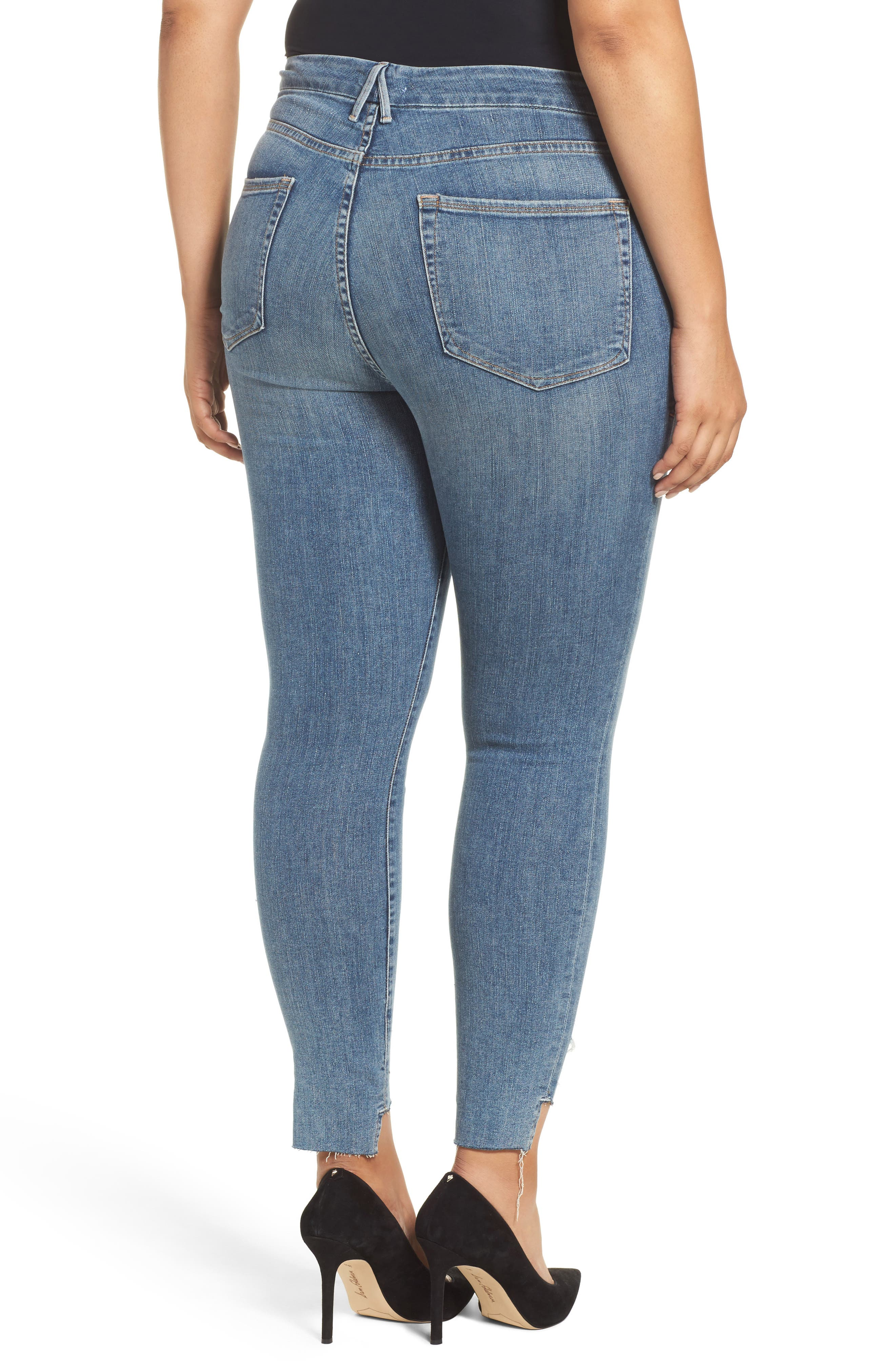 Alternate Image 7  - Good American Good Legs High Waist Skinny Jeans (Blue 082) (Extended Sizes)