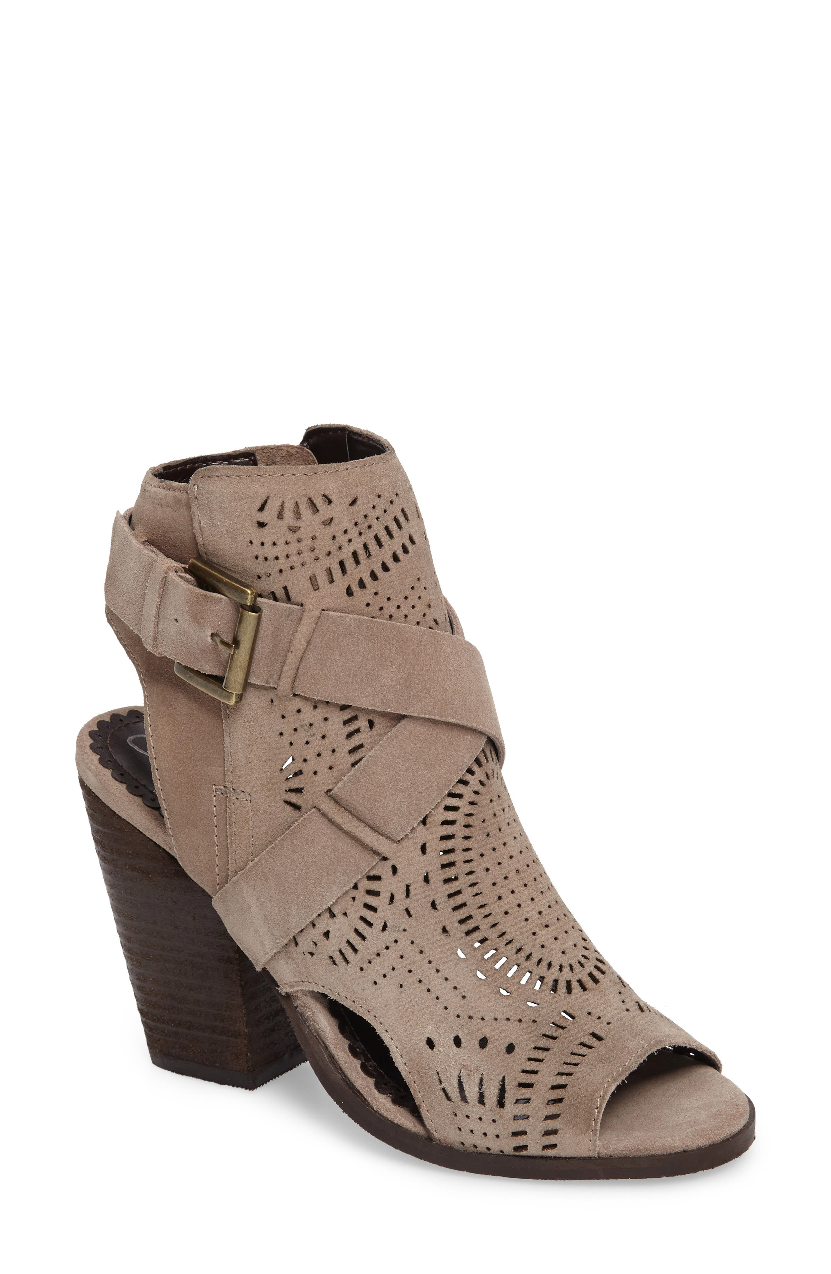 Naughty Monkey Zuzanna Sandal (Women)