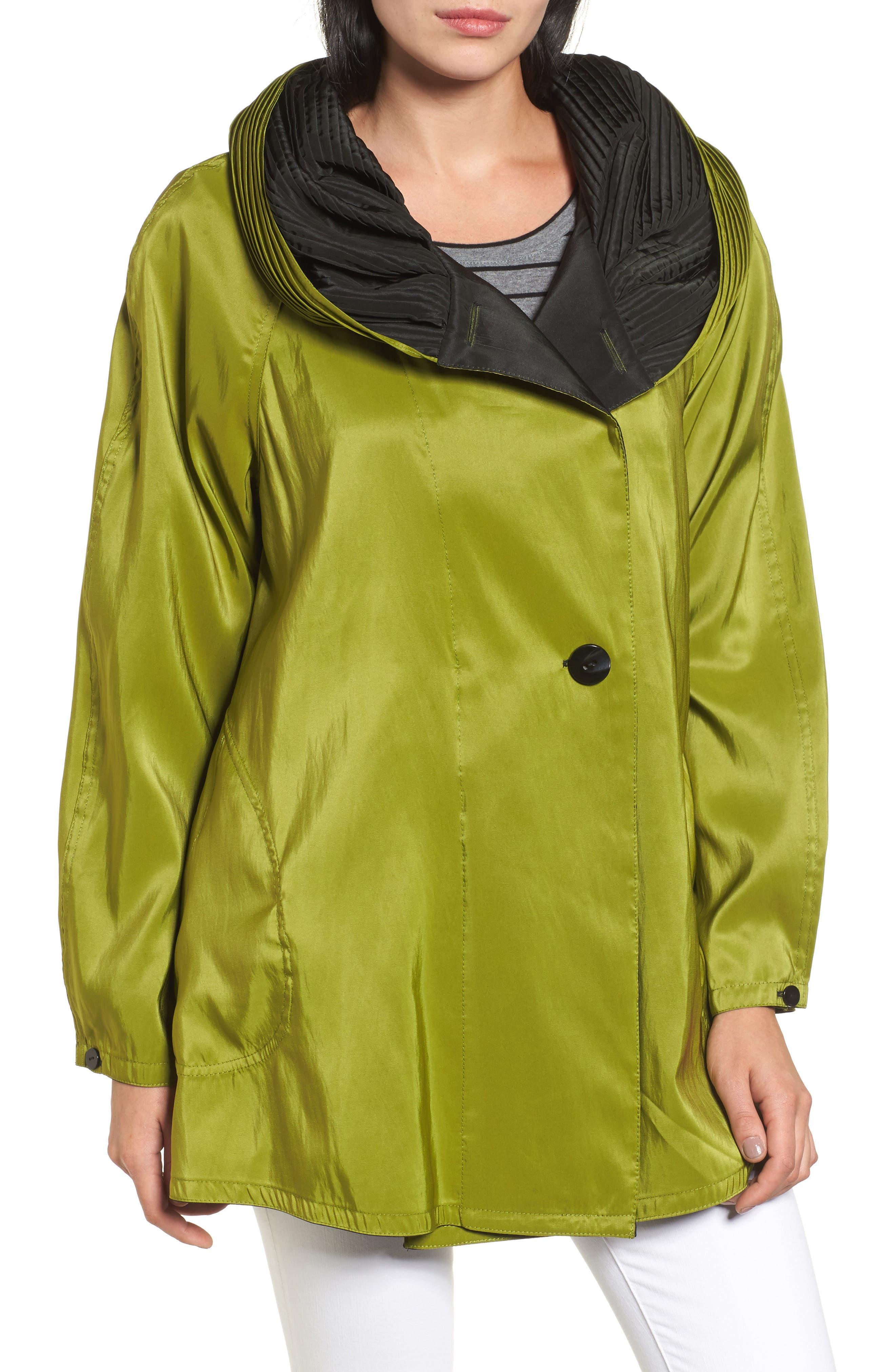 Mycra Pac Designer Wear 'Mini Donatella' Reversible Pleat Hood Packable Travel Coat