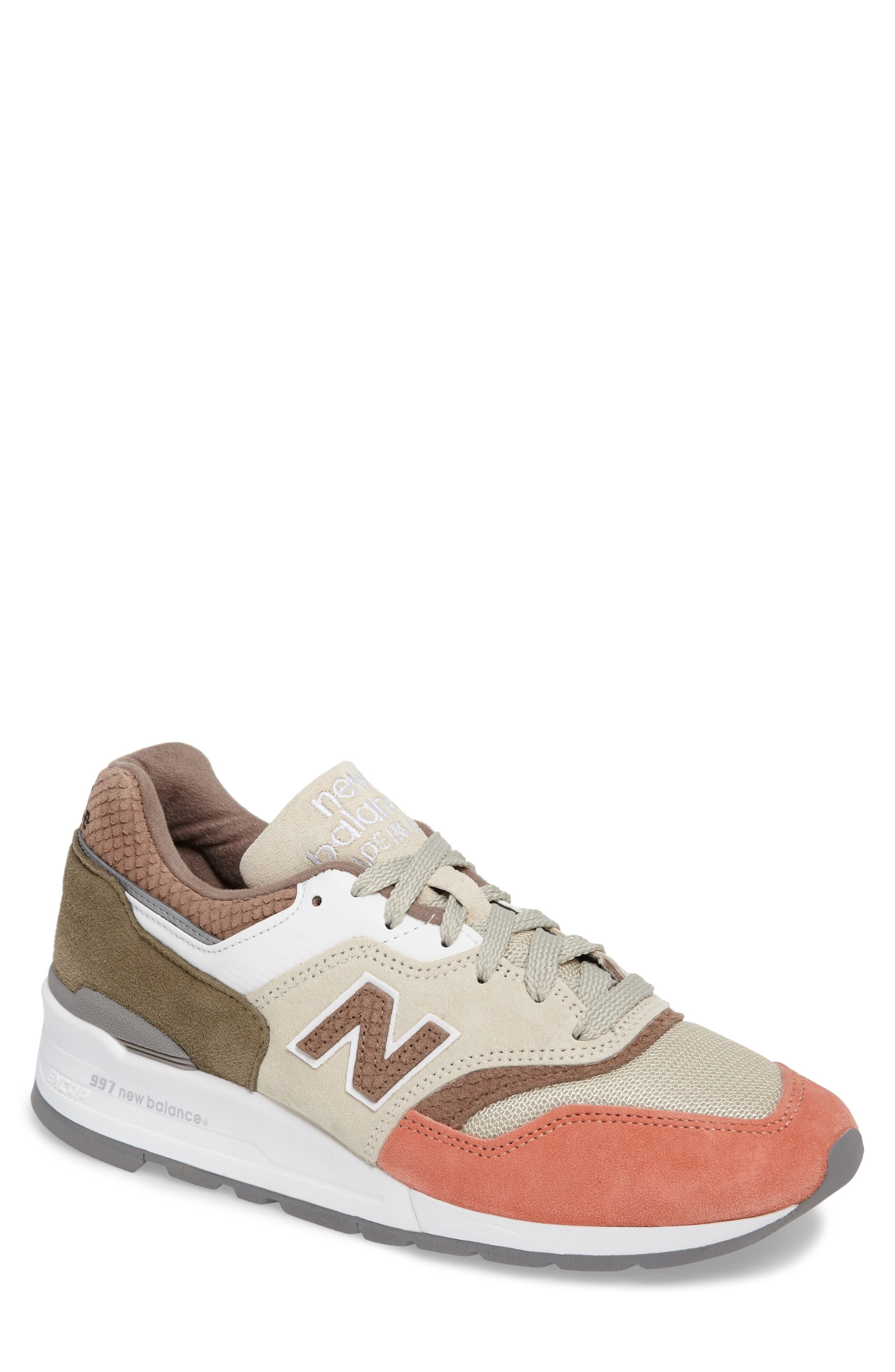 New Balance 997 Sneaker (Men)