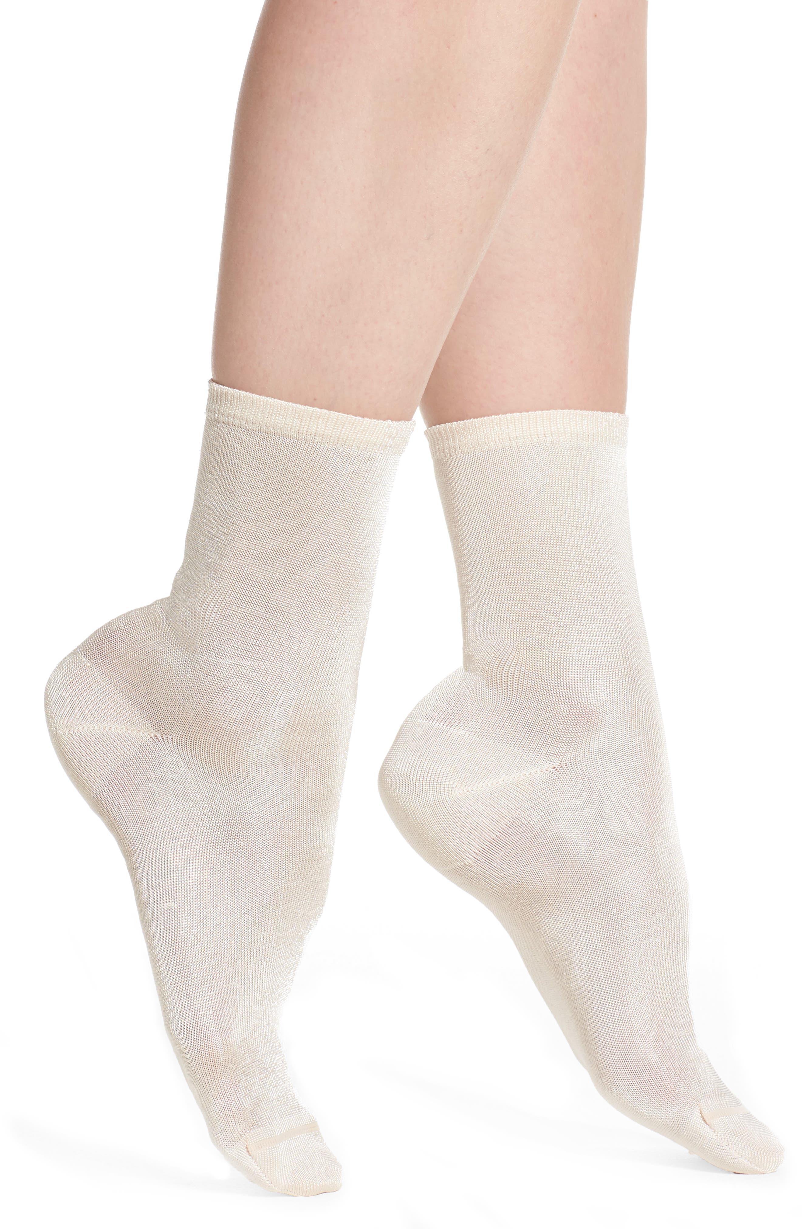 Chelsea28 Sweetly Sheer Ankle Socks
