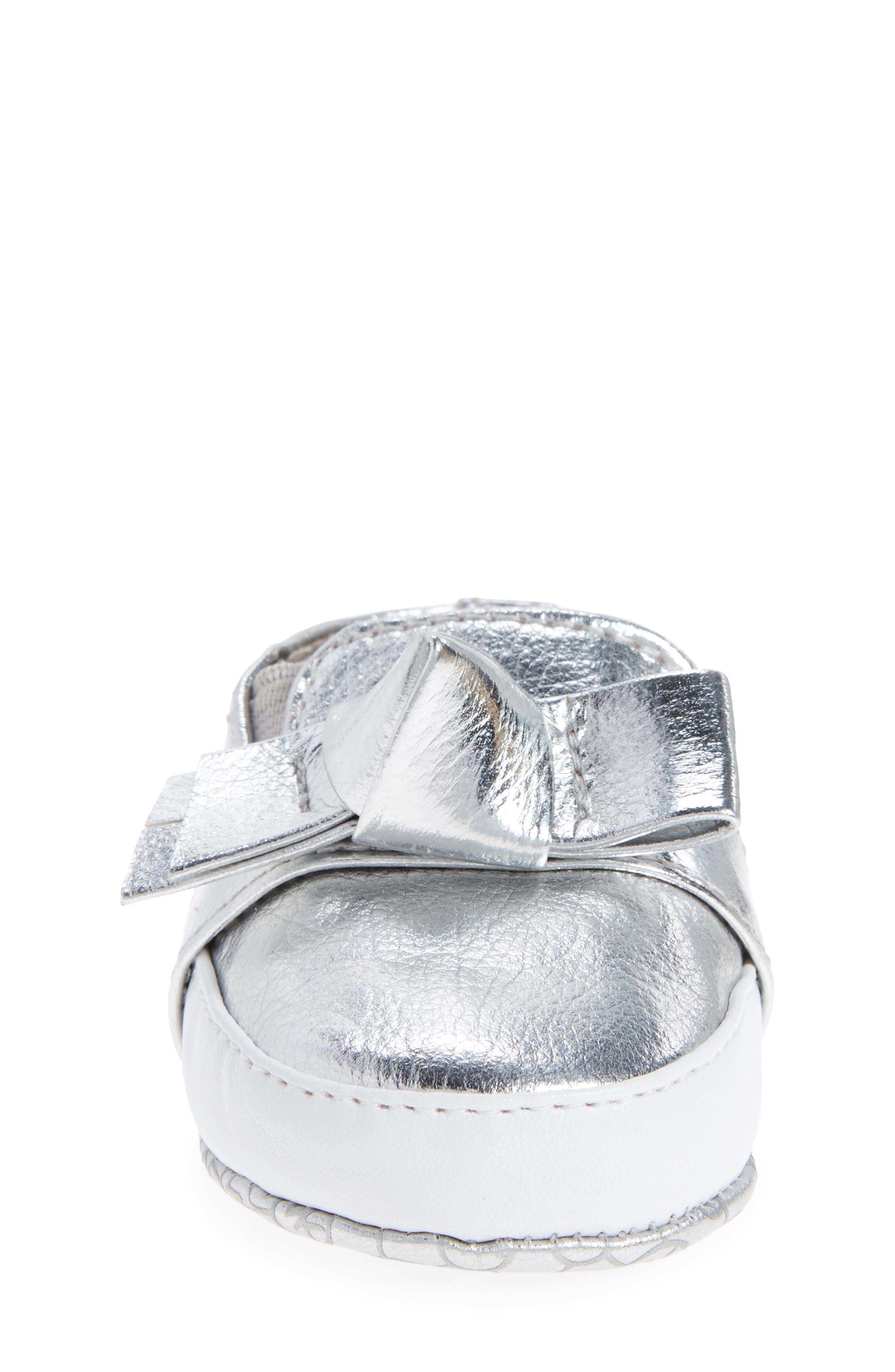 Alternate Image 4  - MICHAEL Michael Kors Baby Poppy Slip-On Crib Shoe (Baby)