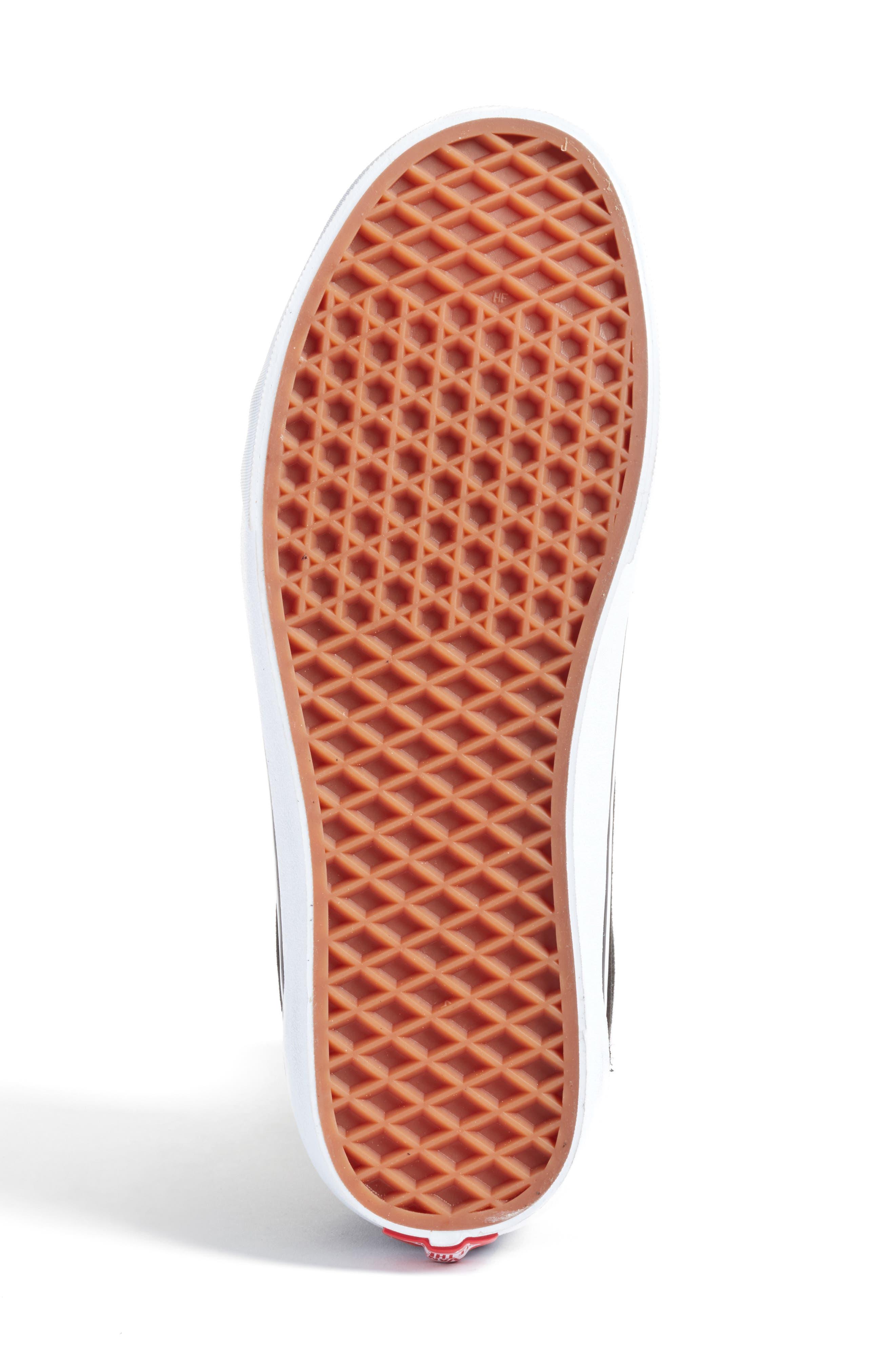 Alternate Image 5  - Vans Old Skool V-Sneaker (Men)